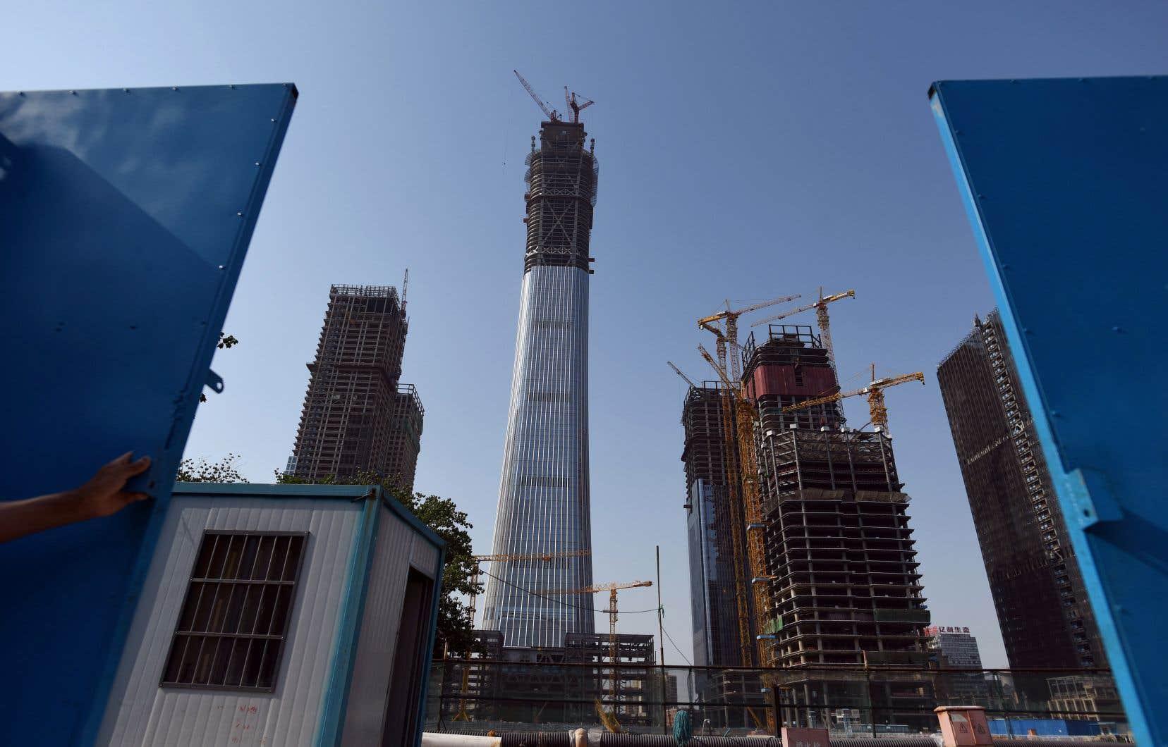 Les familles chinoises expropriées en raison d'immenses chantiers de construction sont dorénavant mieux indemnisées, et le Québec a quelque chose à voir dans ce changement, selon Guy Lefebvre, vice-recteur aux affaires internationales de l'Université de Montréal.