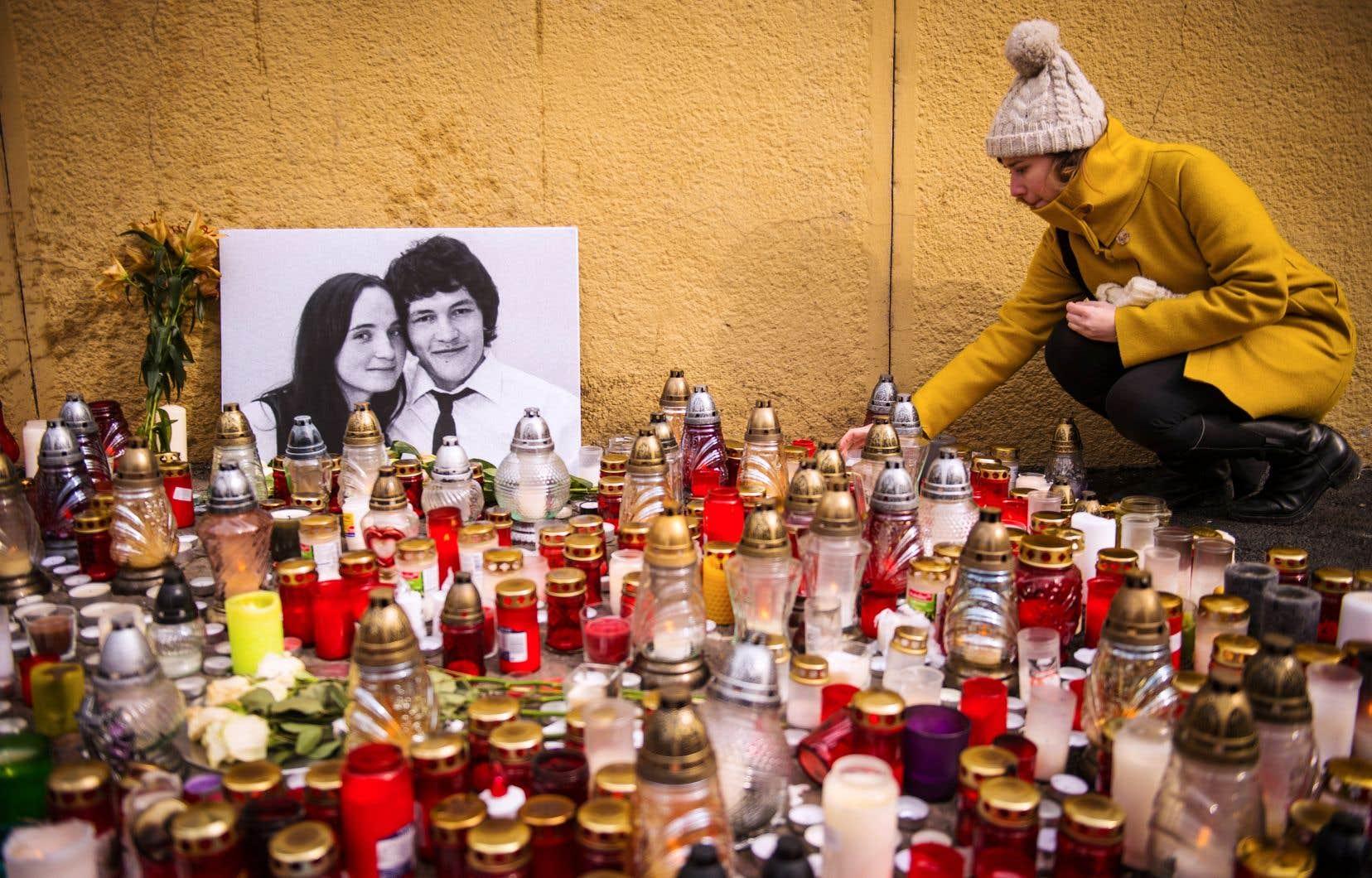 L'assassinat sordide du jeune reporter slovaque et de sa conjointe, Martina Kusnirova, soulève à nouveau au pays la question de la corruption.
