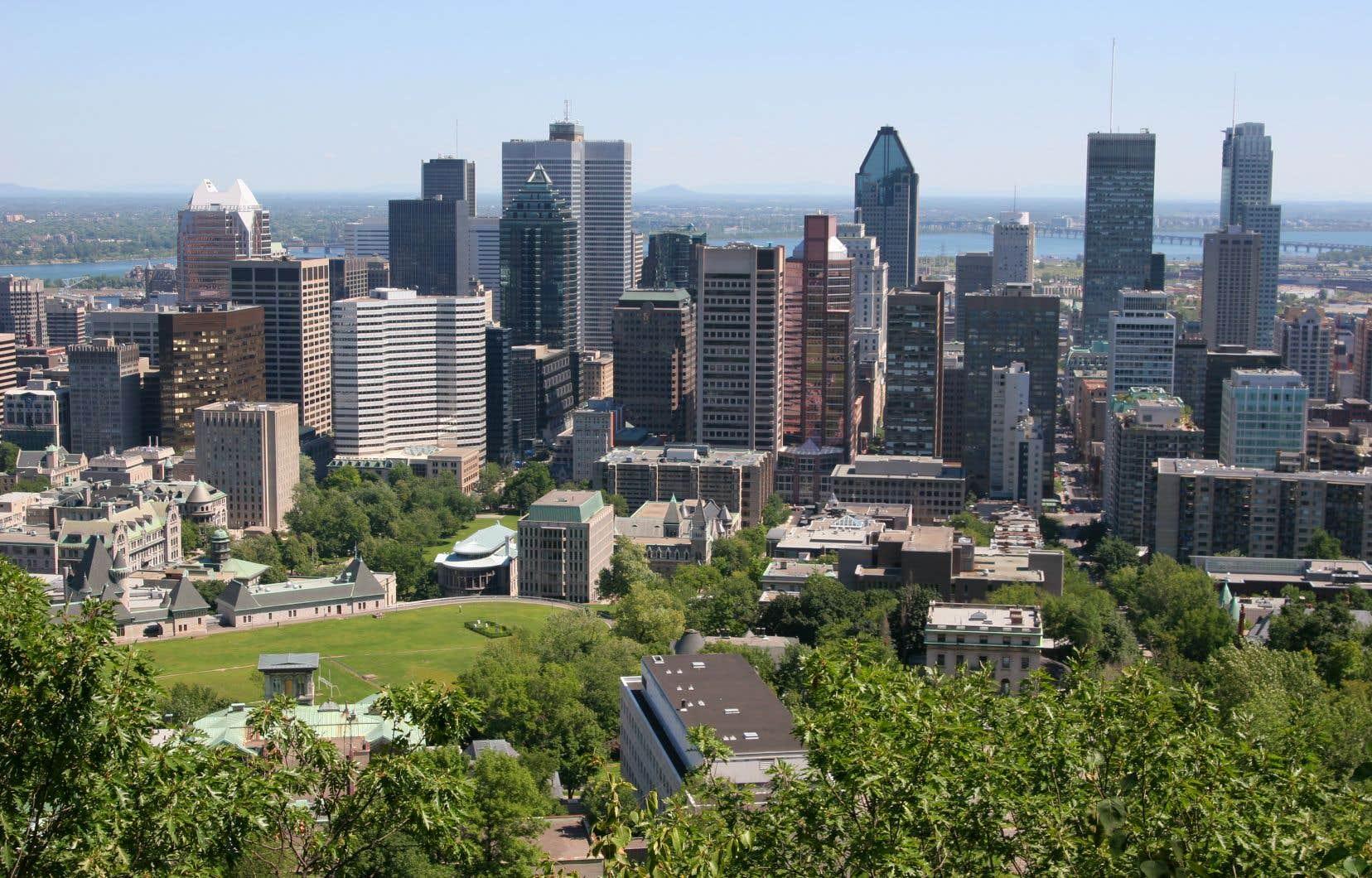 La commission scolaire estime qu'il manque l'équivalent de 37 classes dans le secteur de Peter-McGill, au centre-ville de Montréal.