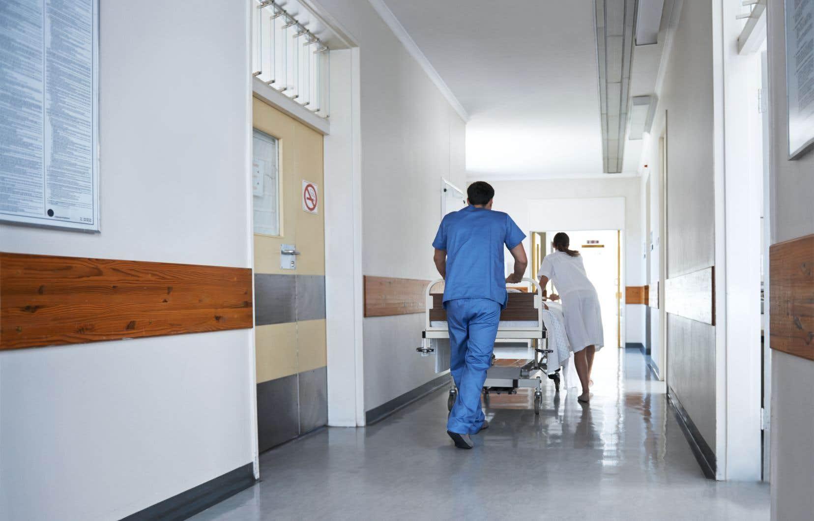 Les mauvaises conditions des travailleurs de le santé ont défrayé la chronique dans les dernières semaines et seraient responsable de la hausse des congés pour maladie, selon plusieurs gestionnaires.