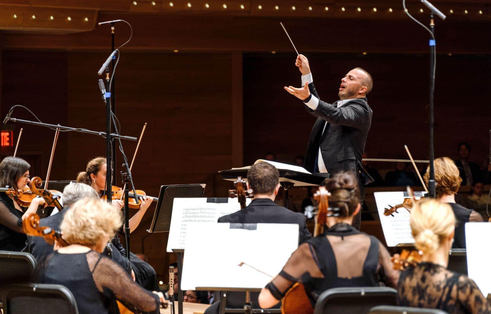En dirigeant Bruckner, de la musique sacrée sans paroles, le chef Yannick Nézet-Séguin peut assouvir à la fois sa passion pour la musique symphonique et ses élans mystiques.