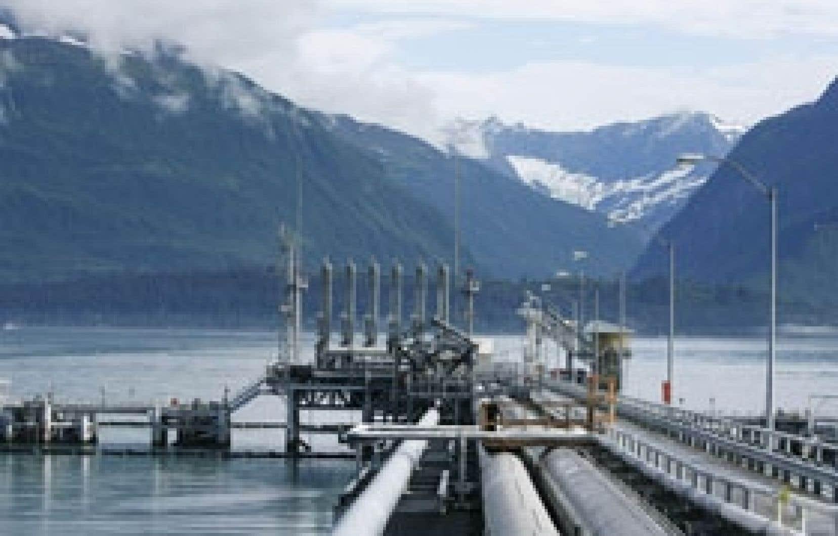 Oléoducs au terminal de Valdez, en Alaska