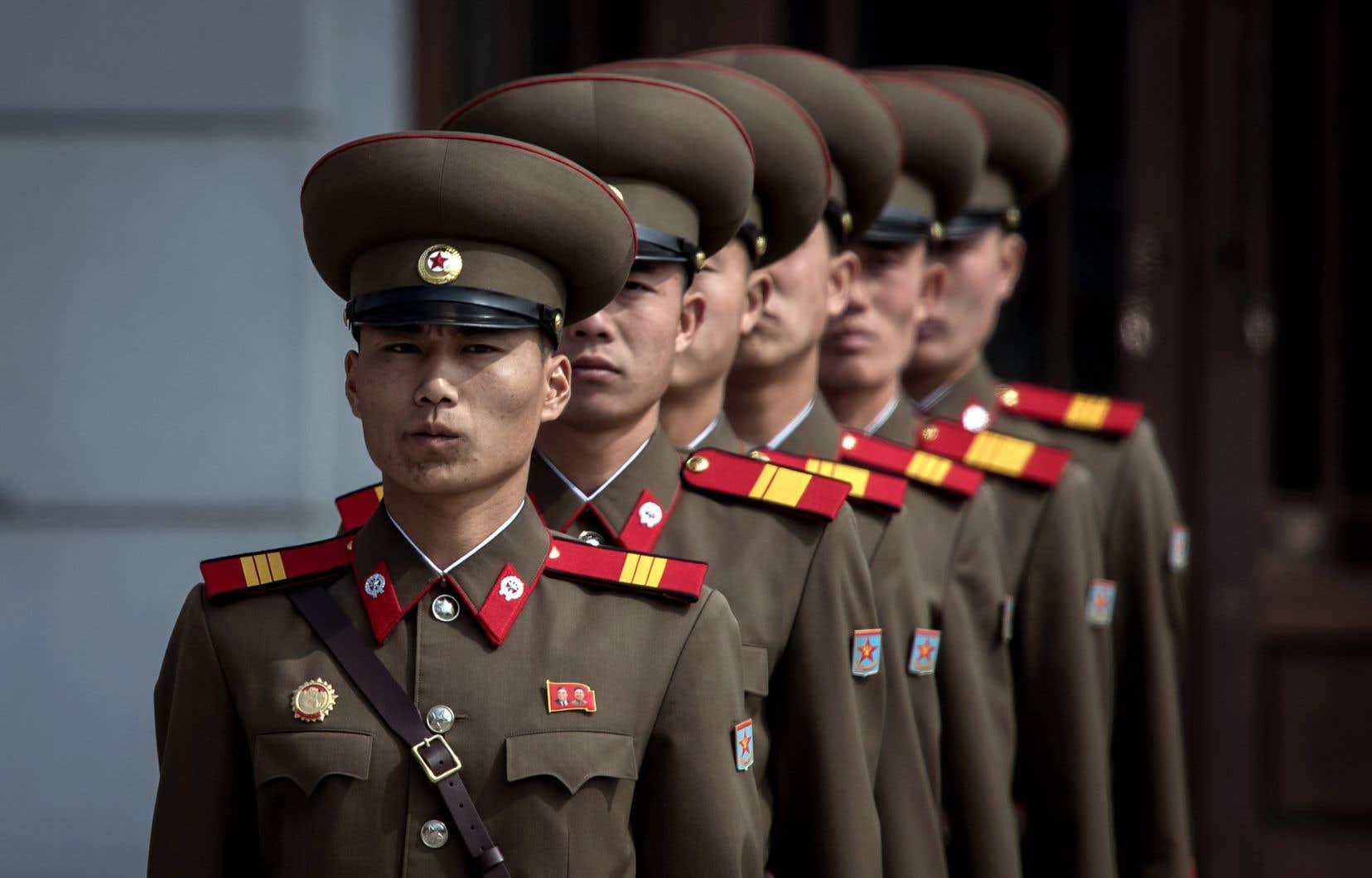 Le ton du président nord-coréen, Kim Jong-un, s'est soudainement adouci et la Corée du Nord accepterait maintenant de discuter de dénucléarisation.