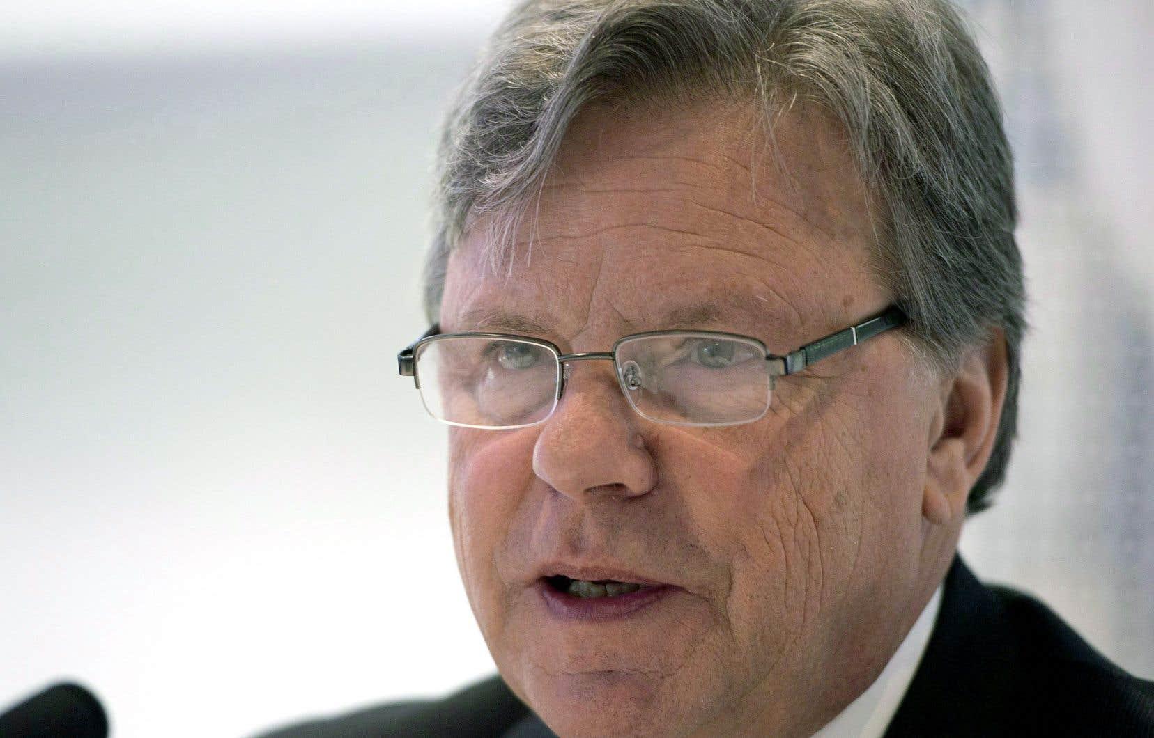 Robert Salois était commissaire à la santé jusqu'à ce que Gaétan Barrette abolisse son poste.