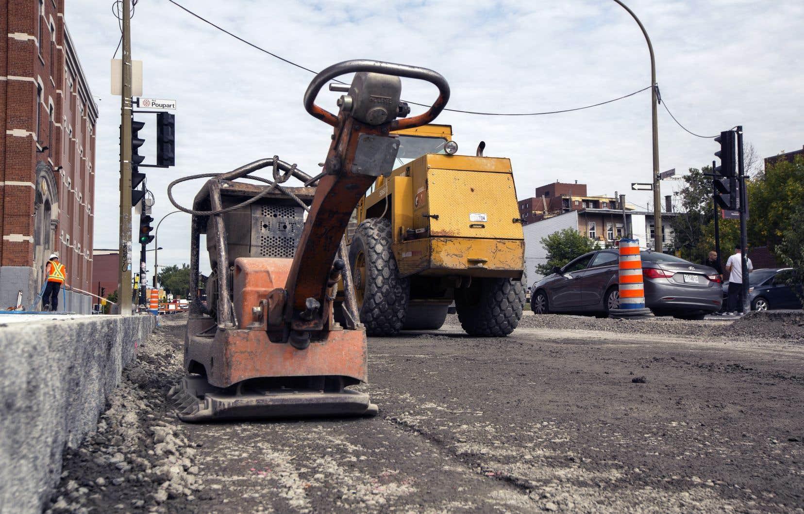 Le litige remonte à plusieurs années, alors que les compagnies de Tony Accurso réalisaient des contrats pour les villes de Montréal et de Laval.