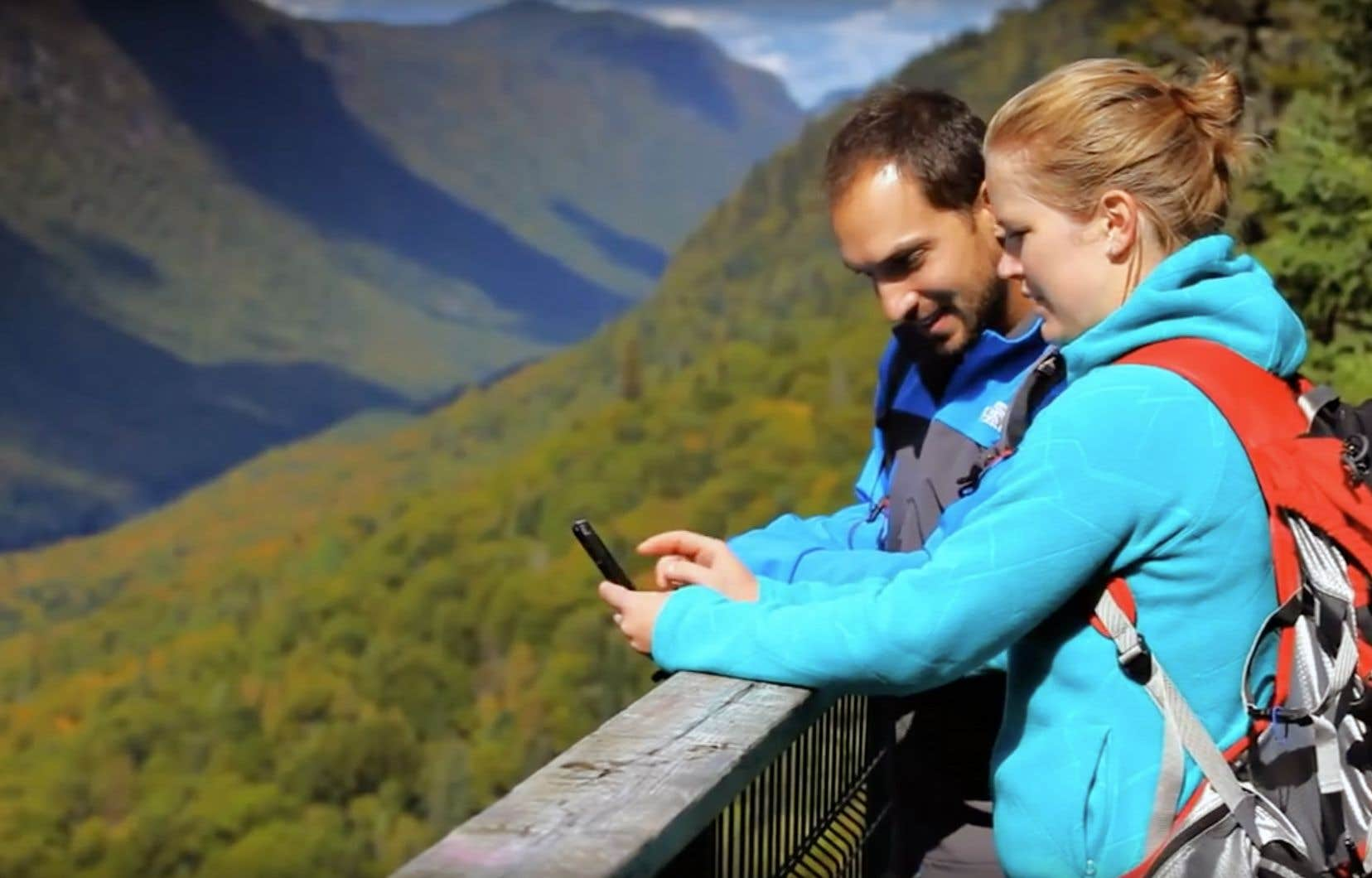 Le téléphone intelligent, c'est le couteau suisse du XXIesiècle; il est moins tranchant, mais rend autant, sinon plus de services à l'amateur de plein air en nous.
