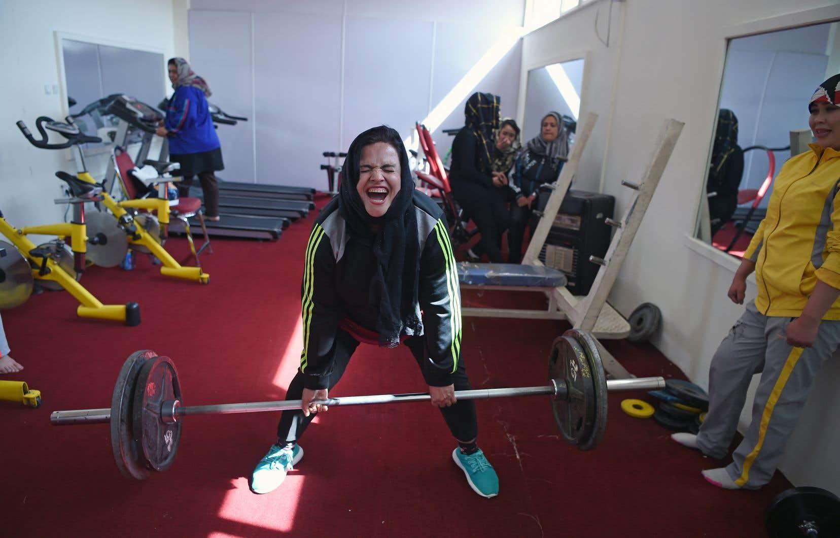 Rasheda Parhiz s'est mise aux poids il y a sept ans.