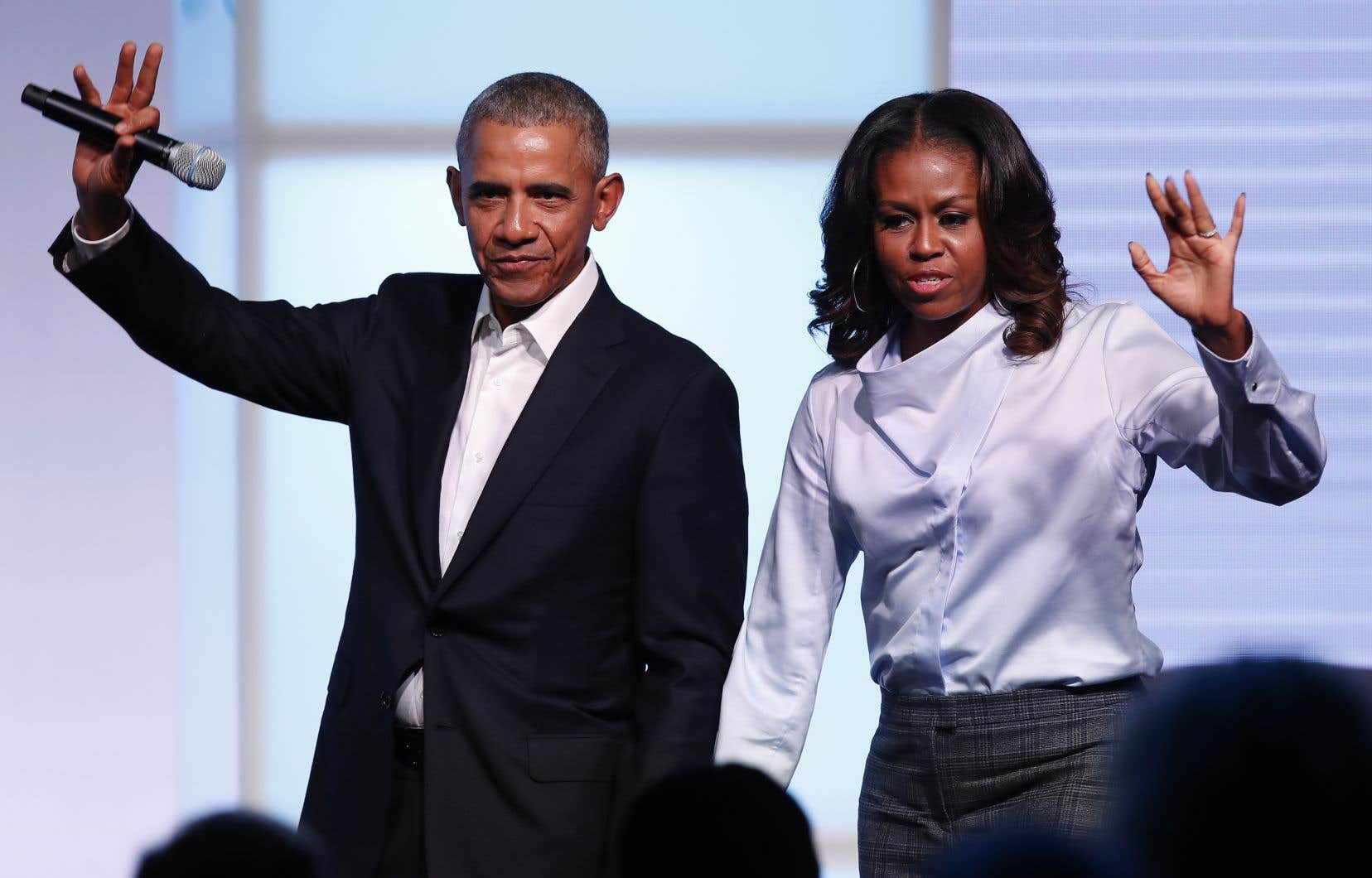 Barack Obama et son épouse, Michelle, vont produire des émissions de débats, notamment, pour le service de diffusion vidéo en continu Netflix.