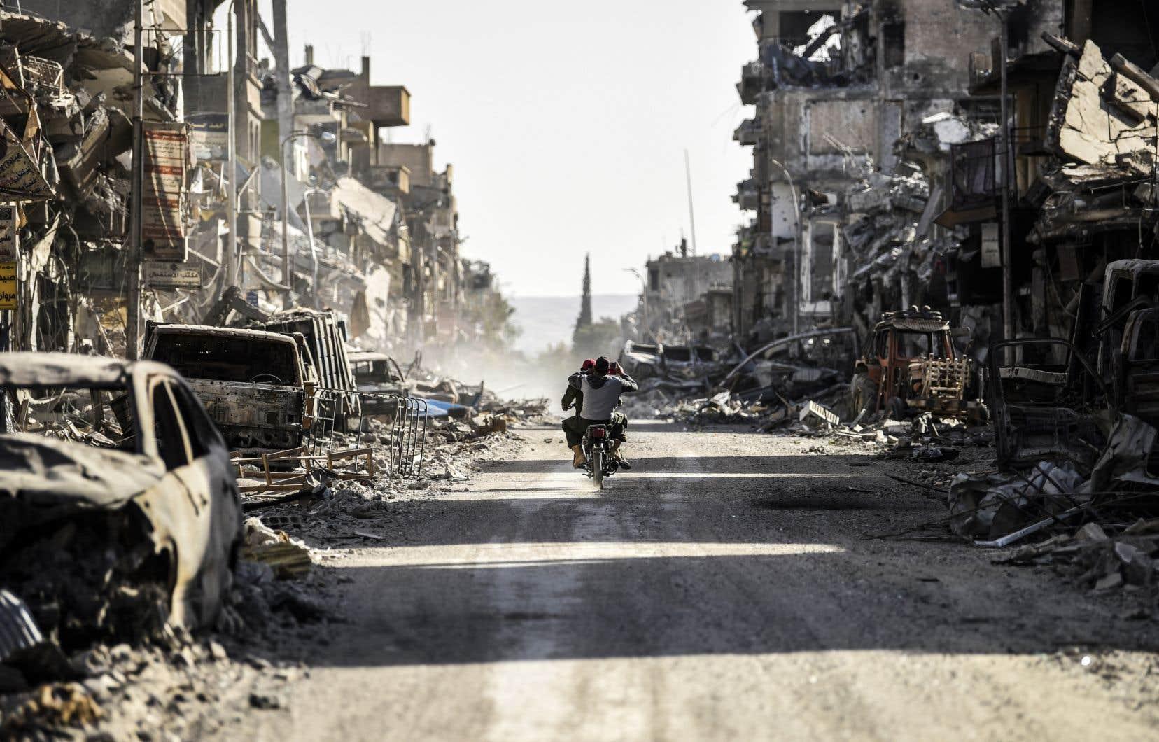 Le conflit, sans merci pour les civils, a jeté sur la route de l'exil une grande partie de la population du pays.