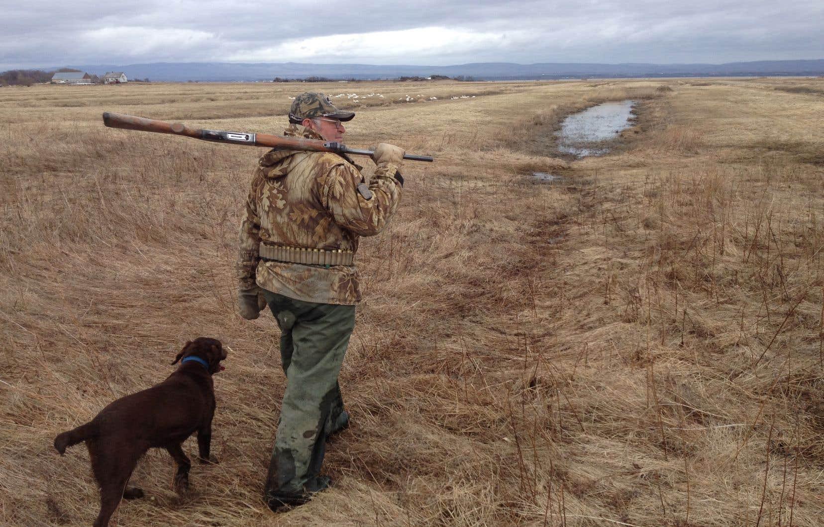 Guide de chasse depuis l'âge de 14ans, Gilles Gagné est né et a grandi dans la maison des Prairies hautes, de l'Île-aux-Oies.