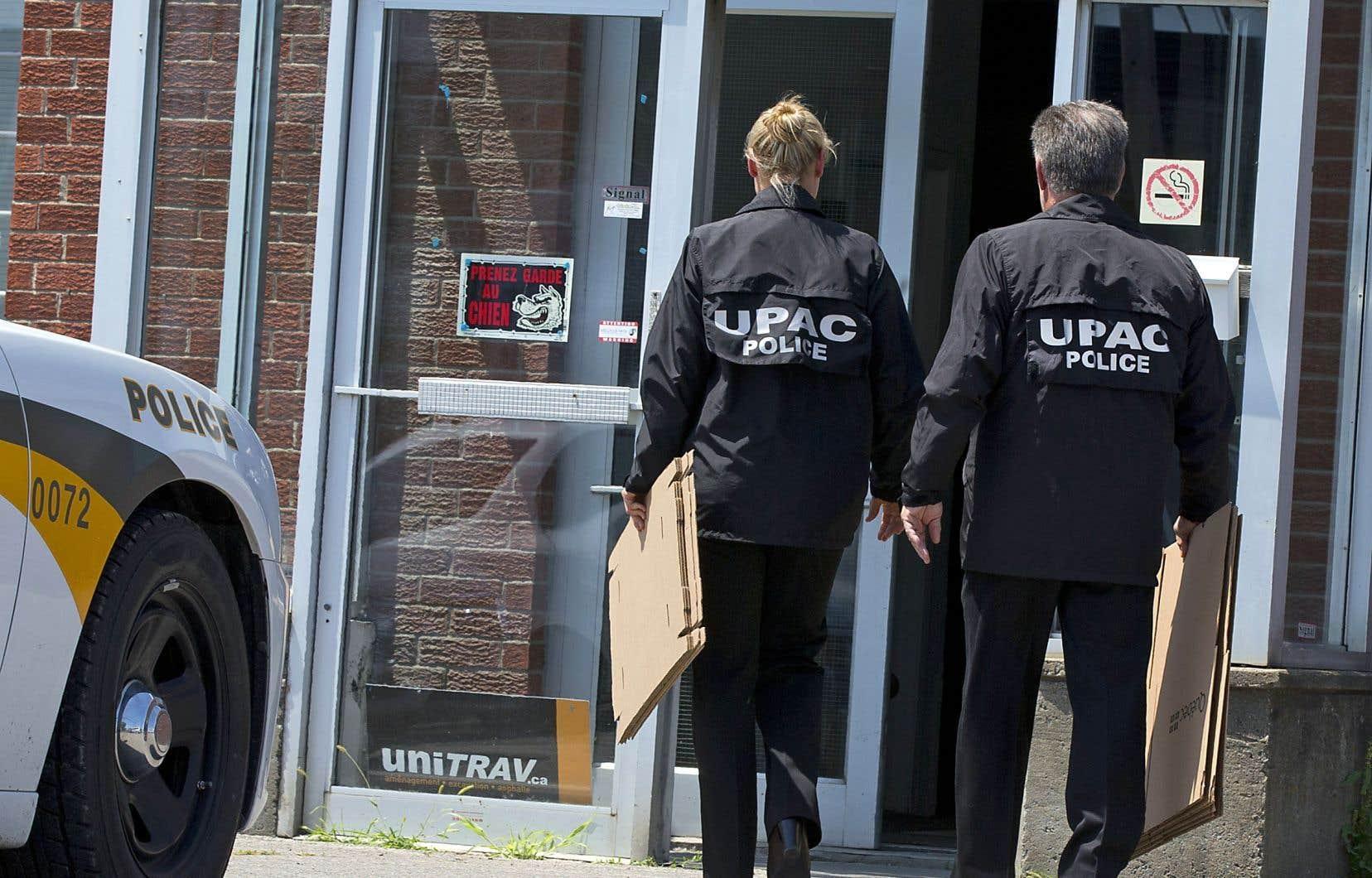 L'UPAC frappe à Terrebonne avec quatre arrestations et recherche un ex-maire