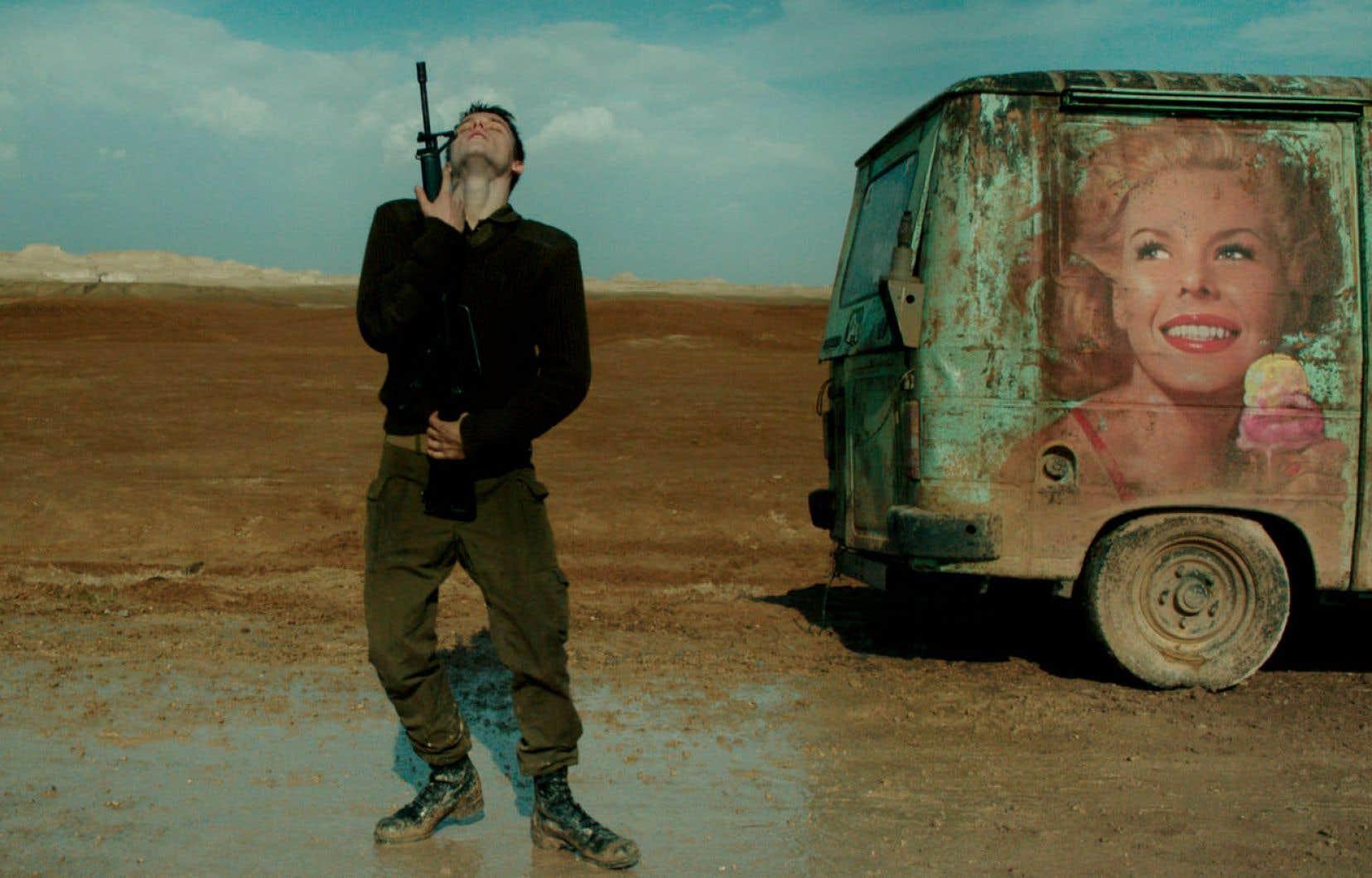 Dans «Foxtrot», la perplexité des jeunes soldats devant une mission aux contours absurdes semble manifestement nourrie des réflexions, et des expériences, du cinéaste.