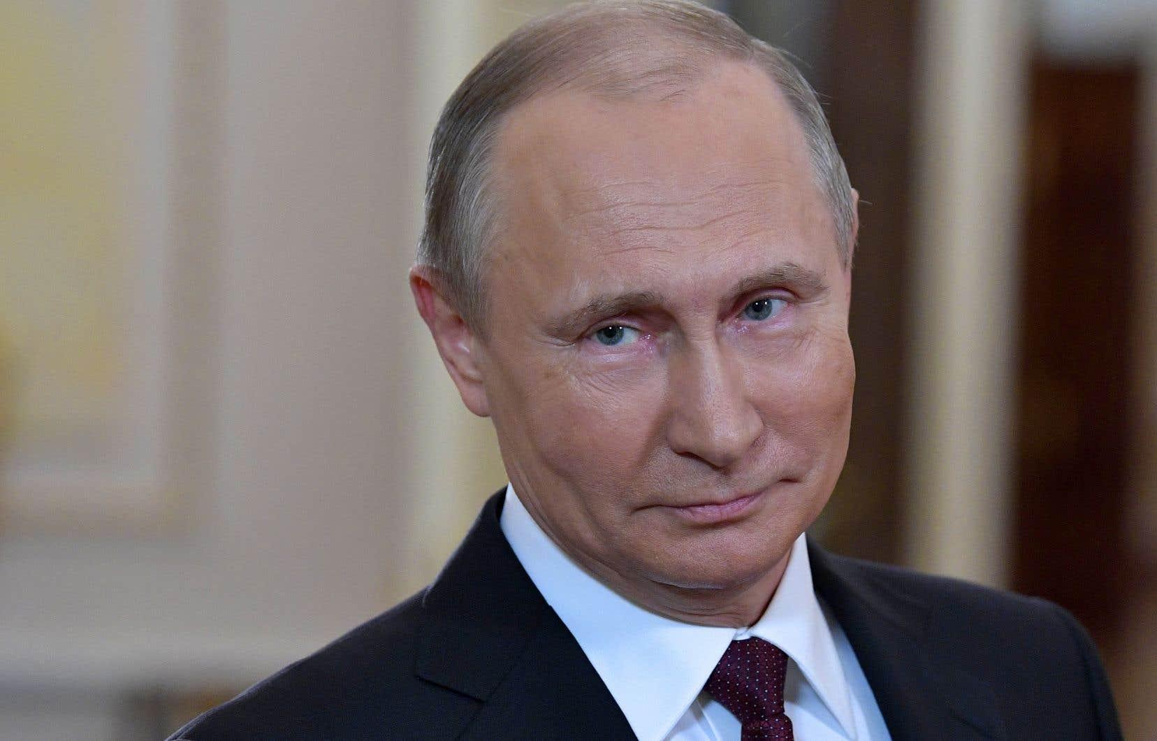 Poutine appelle les Russes à voter pour l'avenir du pays