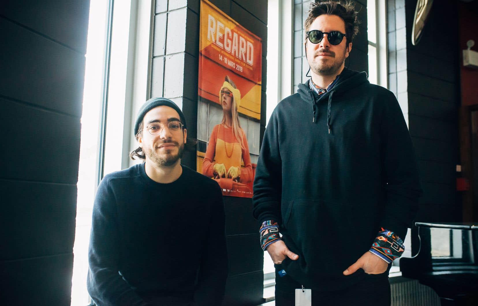 Les cinéastes Jeremy Comte et Baz, samedi, à Saguenay