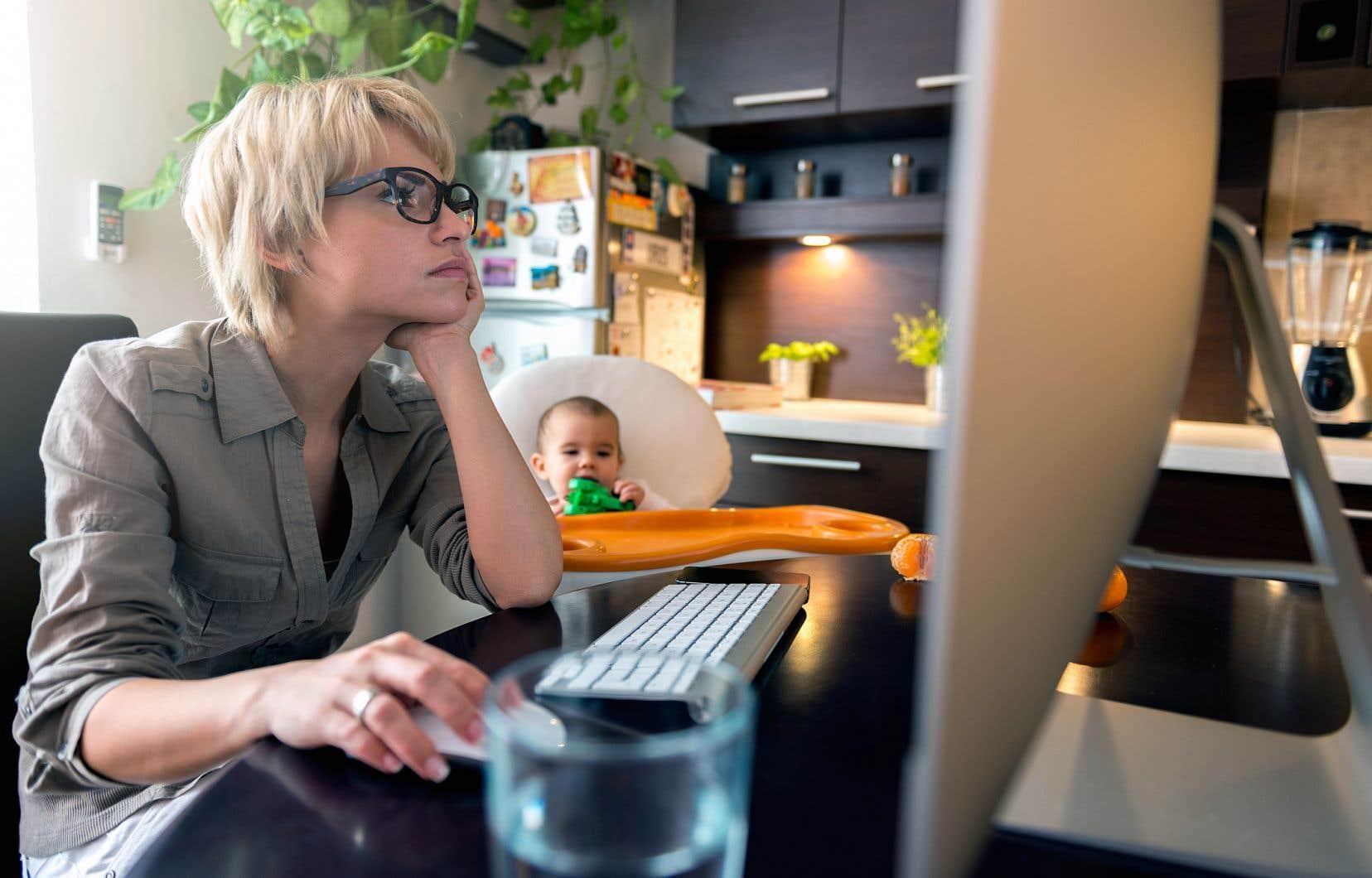 Les mères québécoises sont moins pénalisées au chapitre de leurs revenus que dans le reste du Canada.