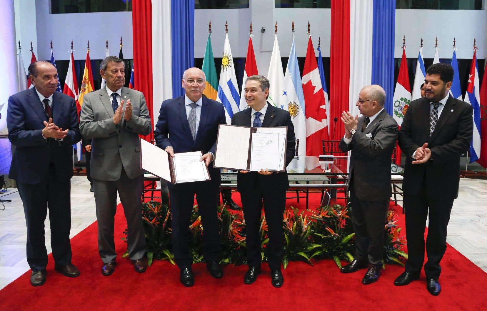 Le ministre canadien du Commerce international, François-Philippe Champagne, et ses homologues sud-américains.Le premier cycle de ces nouvelles négociations se tiendra cette semaine à Ottawa.