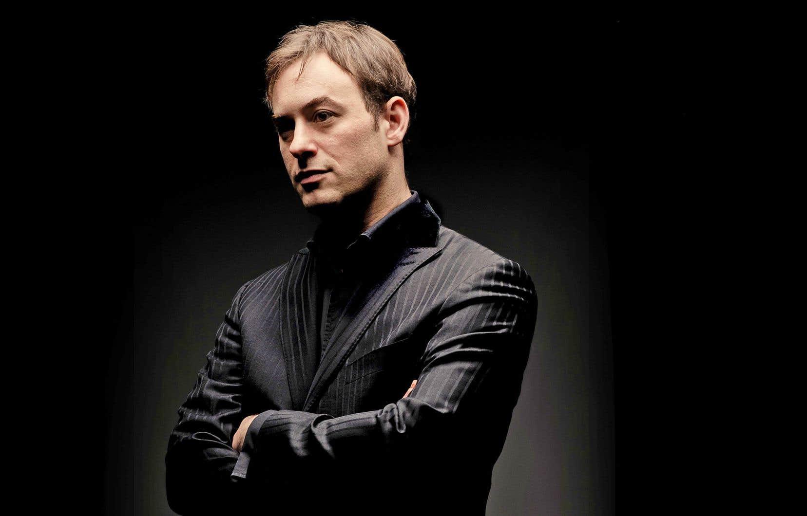 Le nouveau directeur artistique des Violons du Roy, Jonathan Cohen