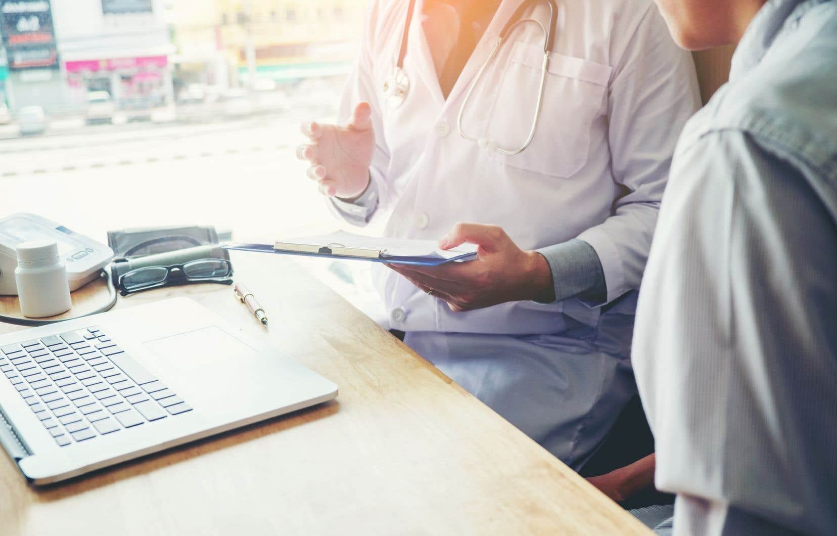 Dénommé PapSEEK, ce nouveau test analyse l'ADN contenu dans les échantillons prélevés dans le col de l'utérus, dans l'utérus ou dans le sang, dans le but d'y déceler des mutations génétiques associées à ces deux cancers.