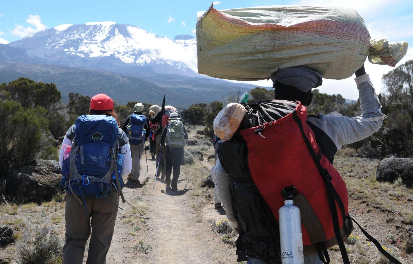 En route vers le sommet du Kilimandjaro