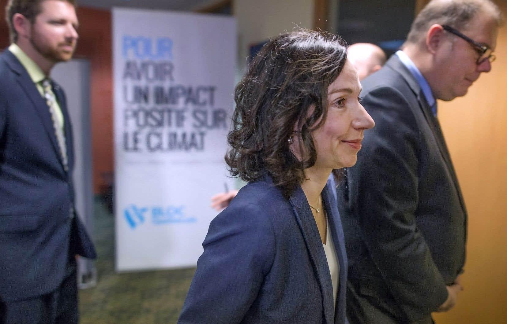 La chef du Bloc québécois, Martine Ouellet, et le président du parti, Mario Beaulieu, marchaient main dans la main il y a peu de temps encore. Mais l'appui du député Beaulieu à la chef est beaucoup plus timide aujourd'hui.