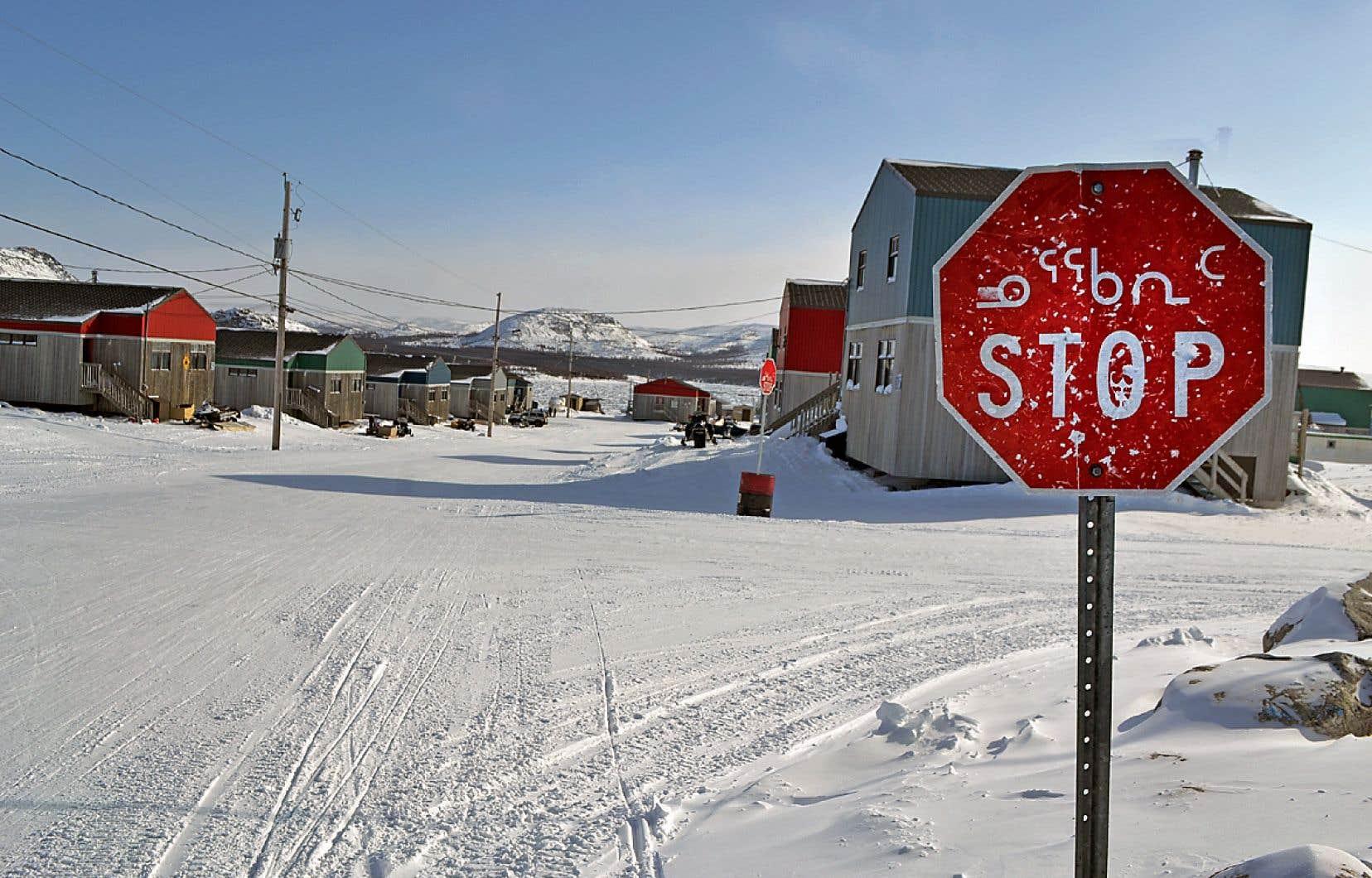 L'enquête de Judith Allison se transporte au Nunavik, au cœur de populations autochtones oscillant entre la survie, l'alcool et les vapeurs d'essence.