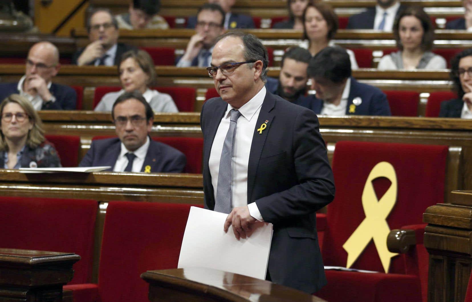 Jordi Turull (sur cette photo), ancien porte-parole du gouvernement de Carles Puigdemont, est le troisième candidat proposé par le président du Parlement régional Roger Torrent.