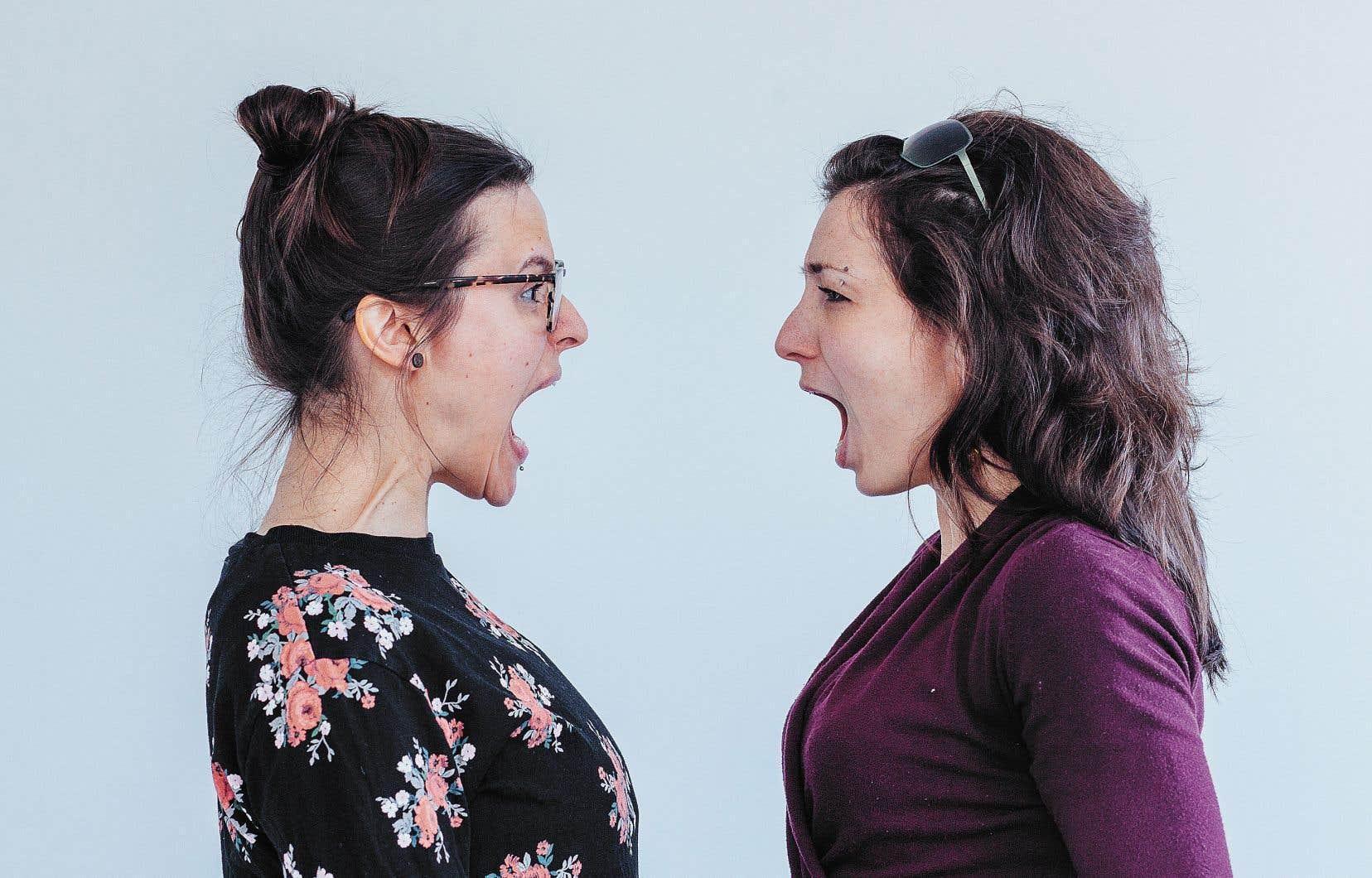 Natalie-Ann Roy et Geneviève Morand ont codirigé «Libérer la colère», un livre qui regroupe une trentaine de courts textes.