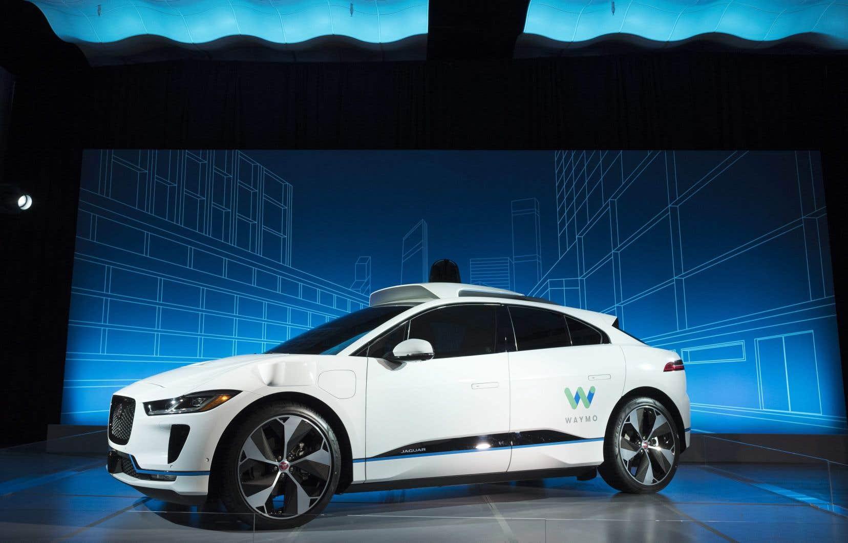 Le constructeur va s'allier à Waymo, jugée comme l'une des entreprises les plus avancées en matière de conduite autonome.