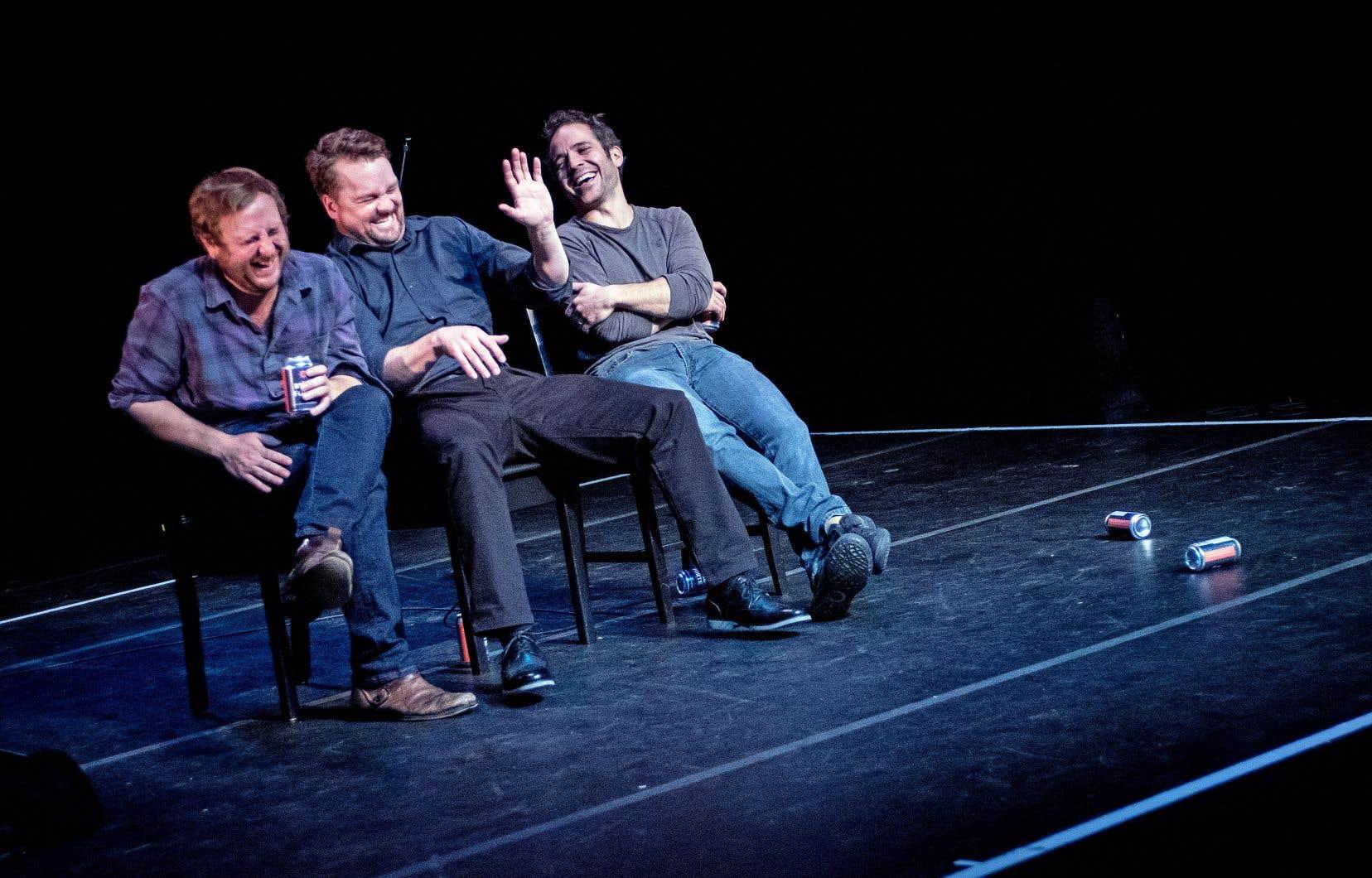 Les interprètes Pierre-Guy Blanchard, Luc LeBlanc et Christian Essiambre se déplacent avec une grande liberté dans cet ensemble.