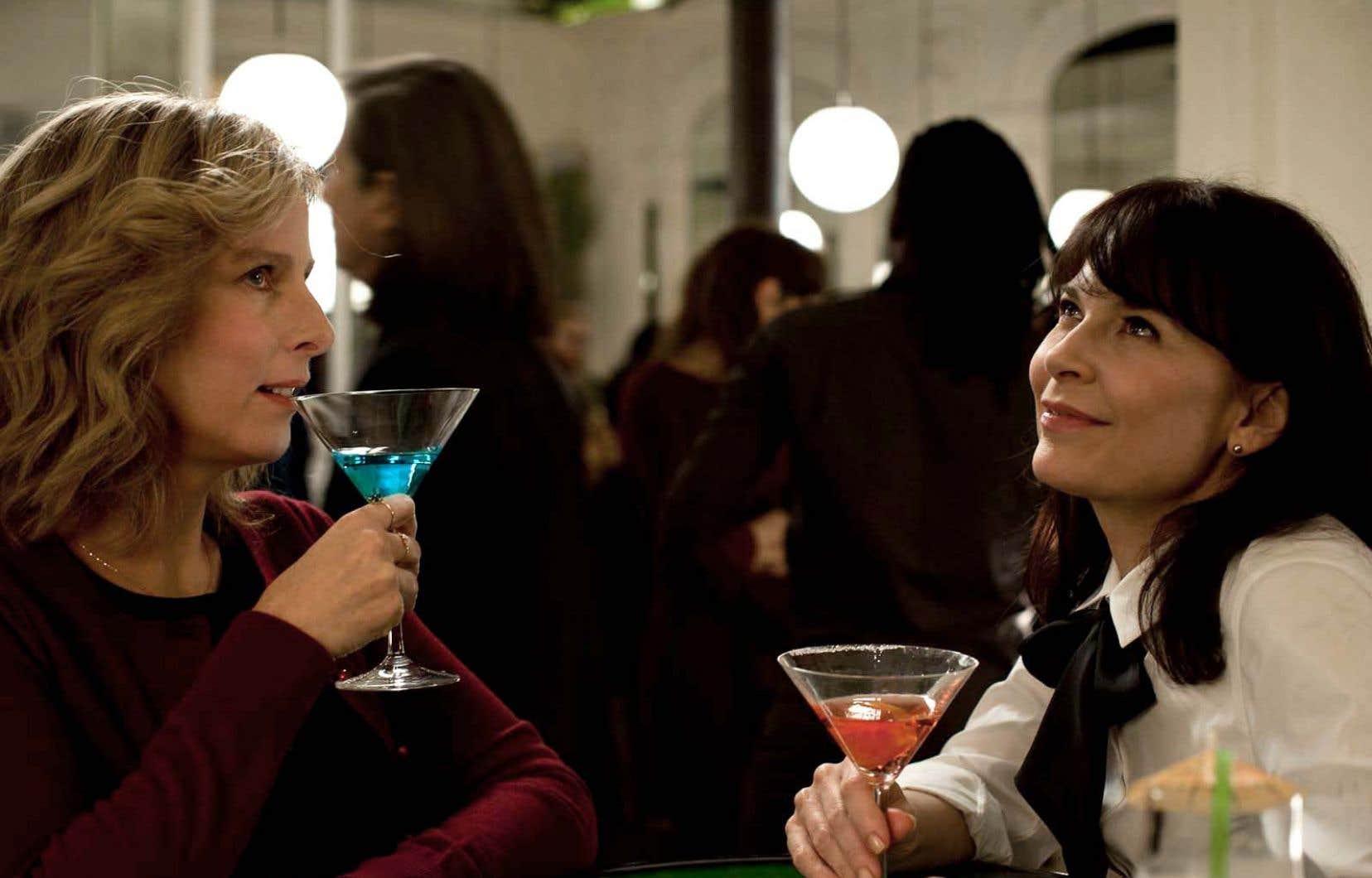 Karin Viard et Anne Dorval partagent quelques moments comiques.