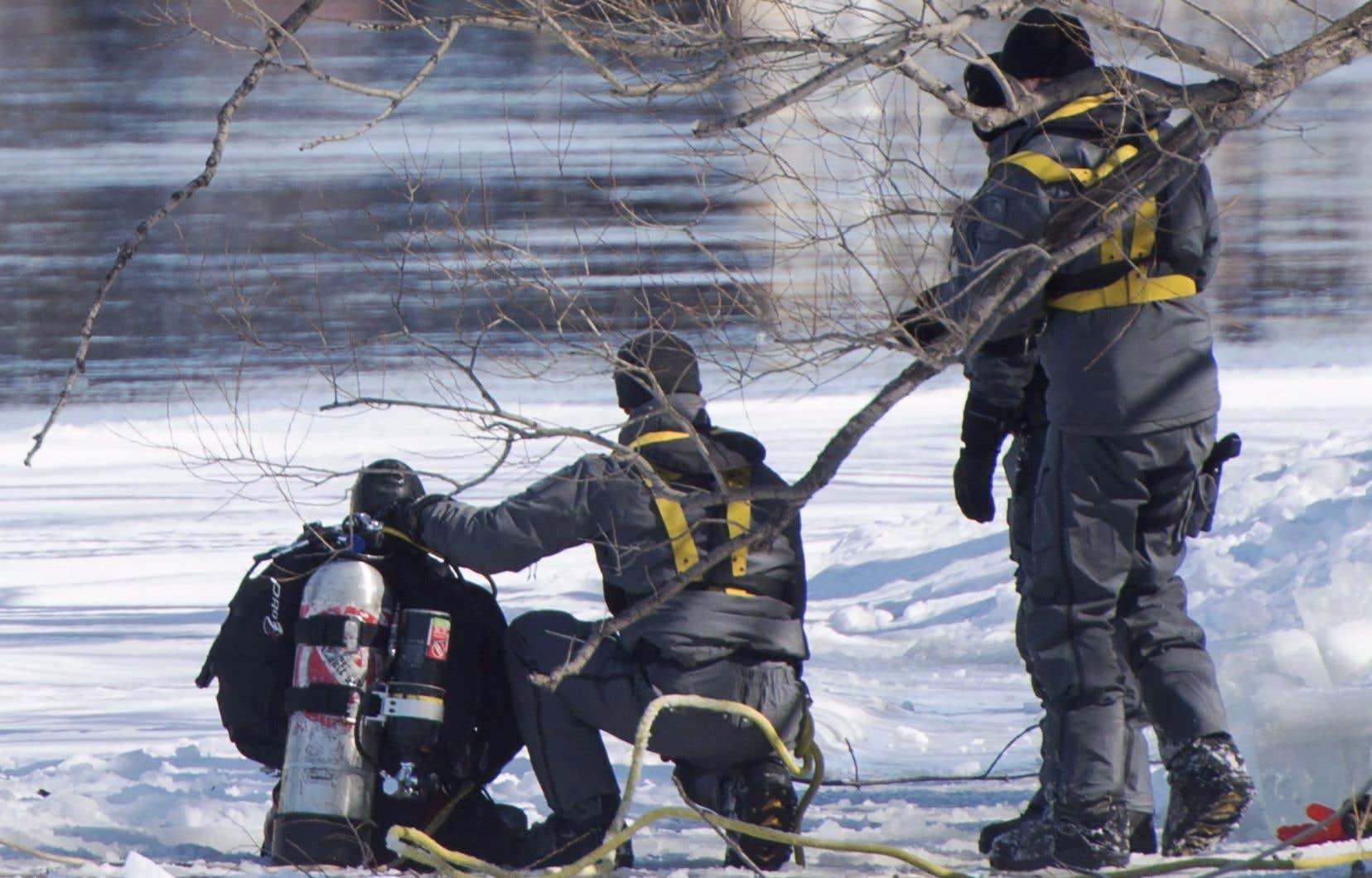 Le garçon de 10 ans a été aperçu pour la dernière fois entrant dans le parc des Bateliers, qui longe la rivière des Prairies.