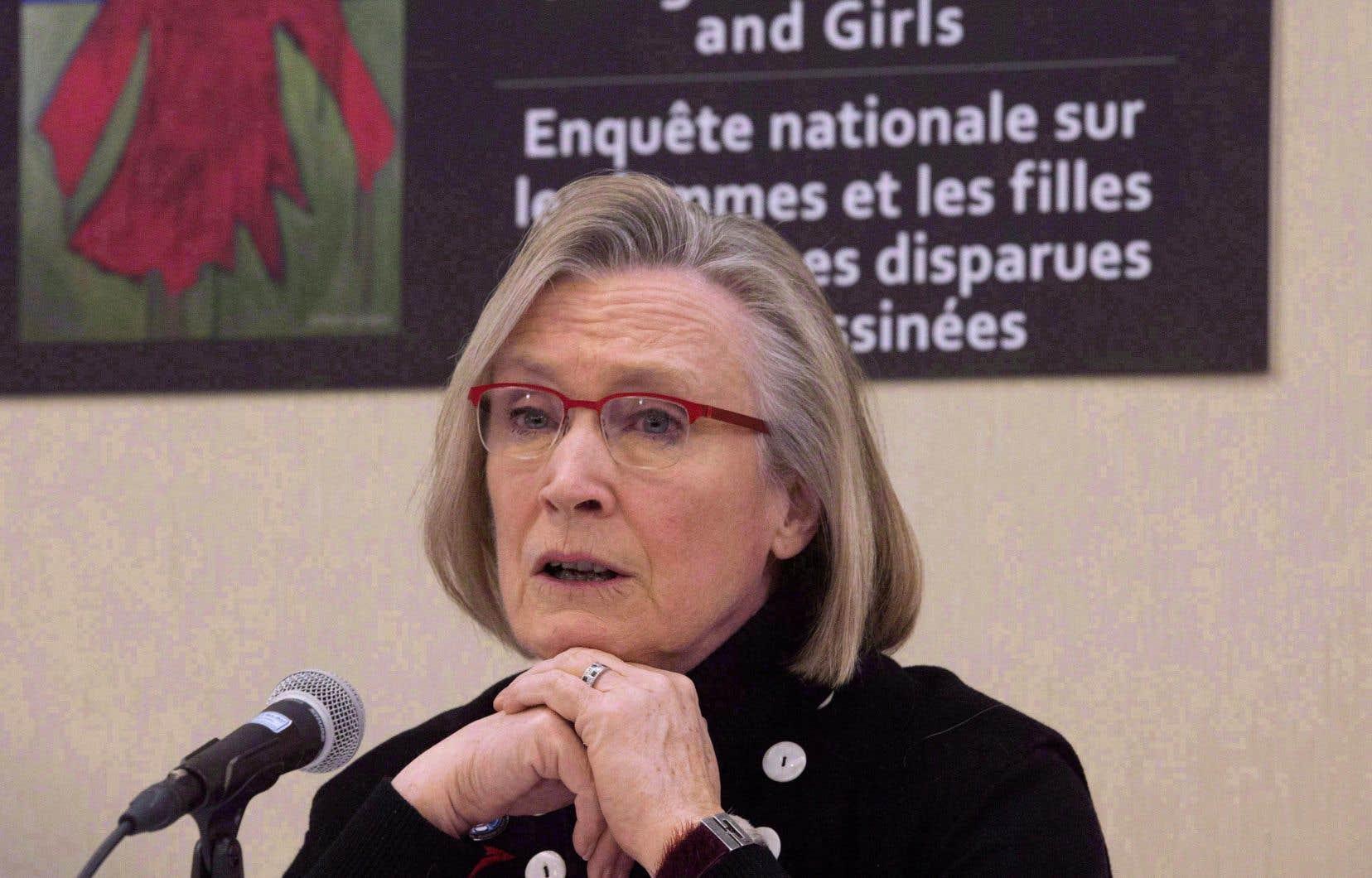La ministre des Relations Couronne-Autochtones, Carolyn Bennett, se prononcera bientôt sur la demande de prolongation de l'enquête nationale sur les femmes autochtones.