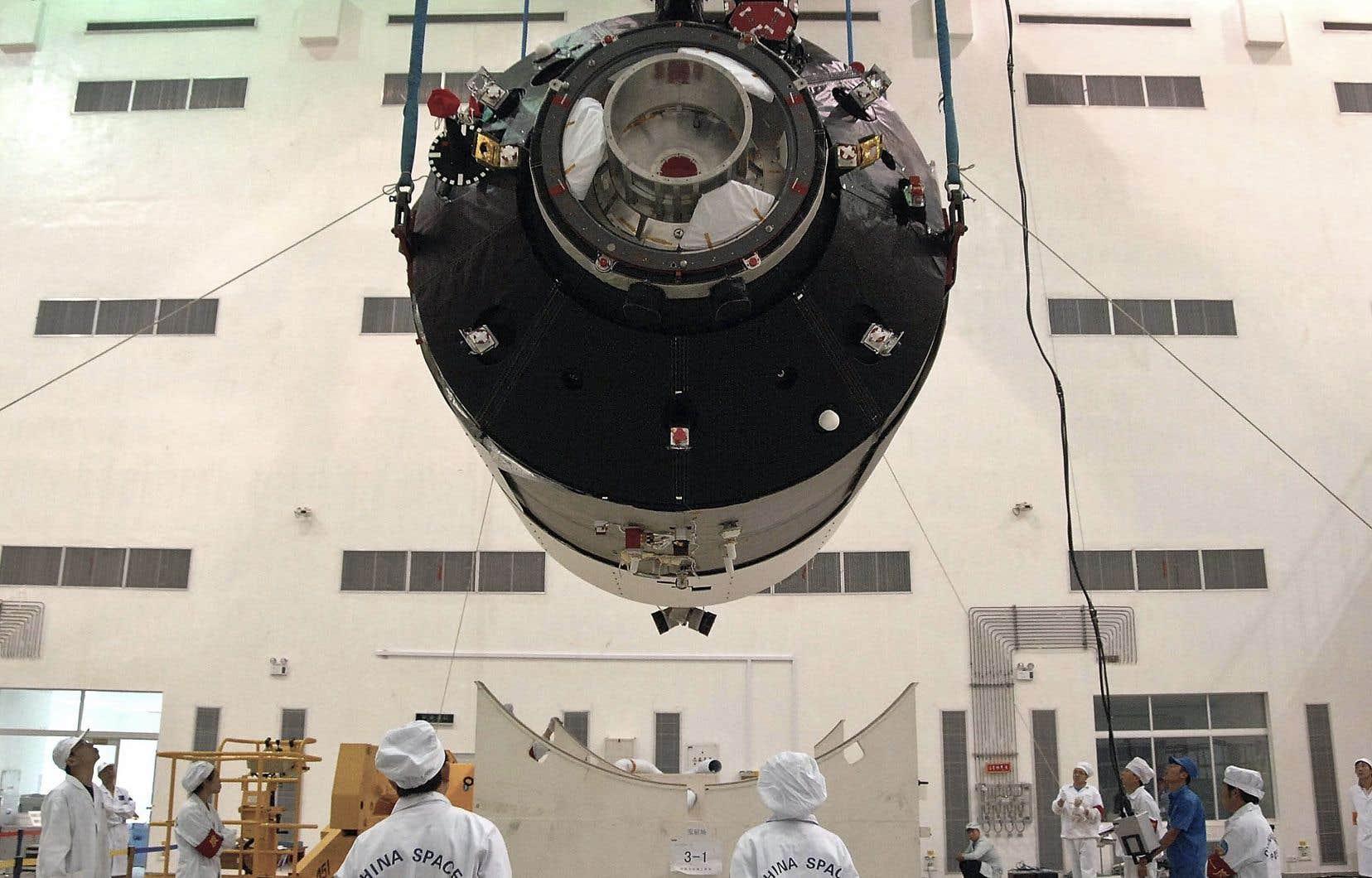 La station spatiale Tiangong-1 à la base de Jiuquan avant son lancement en septembre 2011