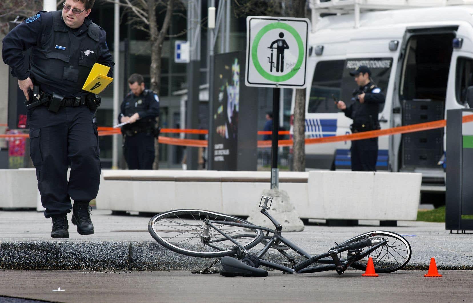 Après chaque nouveau décès à la suite d'une collision entre un camion et un usager vulnérable de la route, le sujet de la sécurité routière refait surface dans l'espace public.
