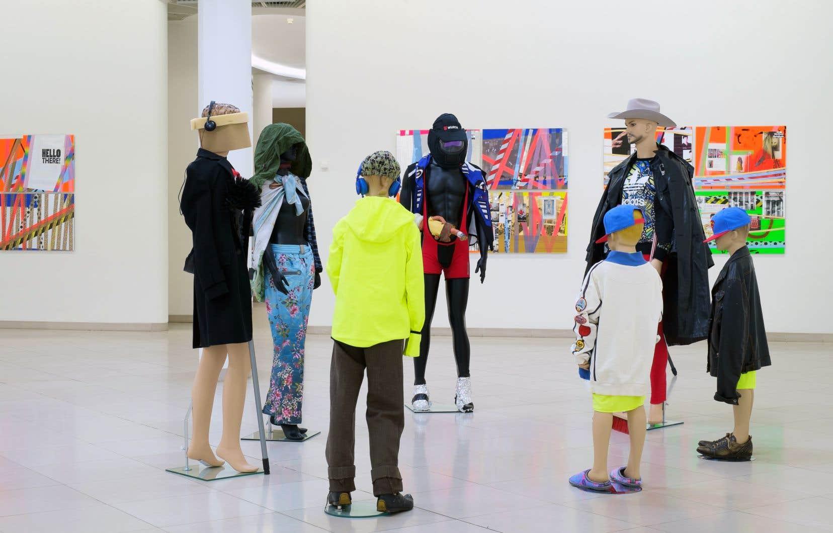 La Berlinoise Isa Genzken est l'une des figures internationales qui ont participé à l'évènement d'art visuel.