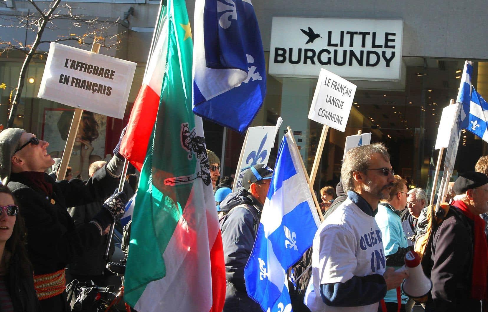 Manifestation contre l'affichage en anglais à Montréal le 13 novembre 2011