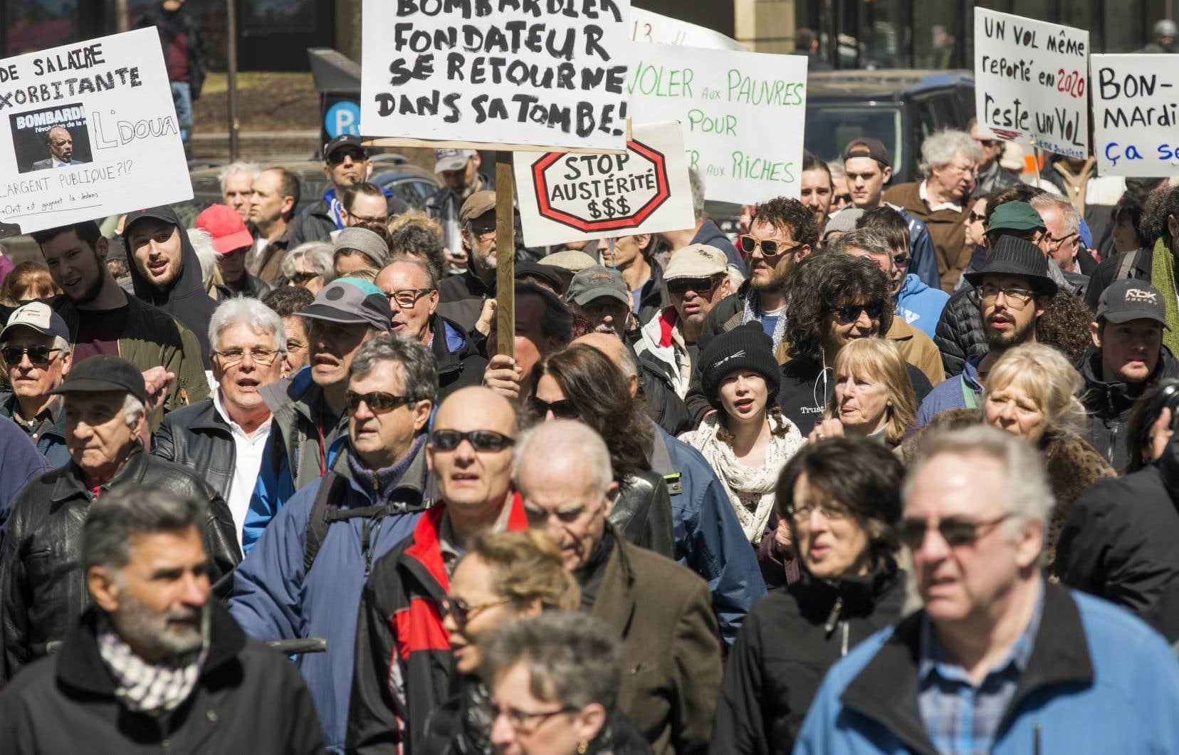 Il y a un an, des centaines de citoyens avaient pris la rue spontanément afin de s'opposer à ce détournement massif de fonds publics dans les poches des grands patrons de Bombardier, rappellent les auteurs.