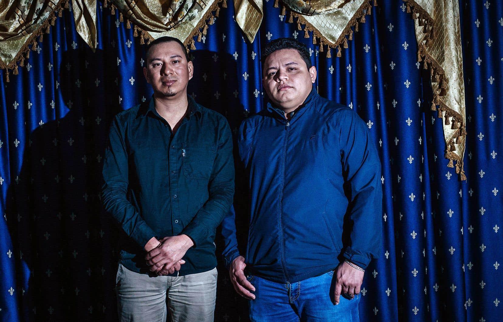 Ever Alexis Mendoza Mateo et Ronny Asael Miranda accusent leur ancien employeur de les avoir poussés à quitter leur emploi.
