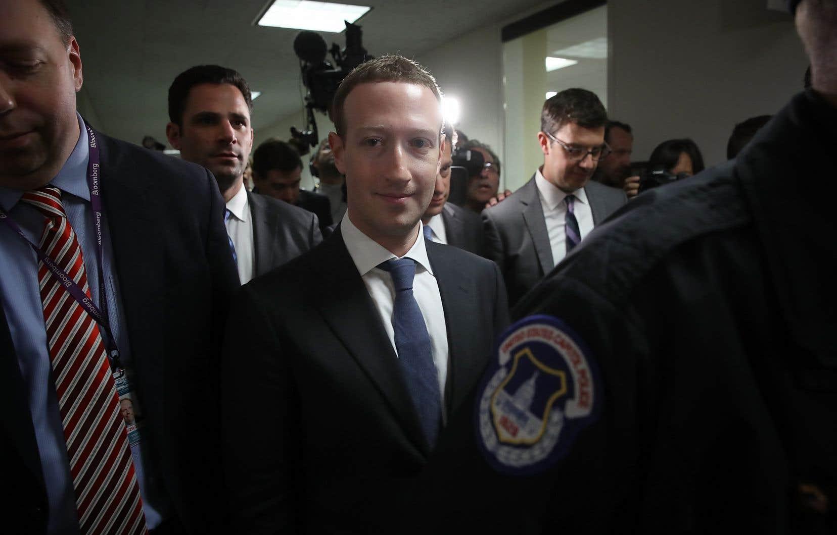 Mark Zuckerberg témoigne mardi devant le Comité de l'énergie et du commerce de la Chambre des représentants.