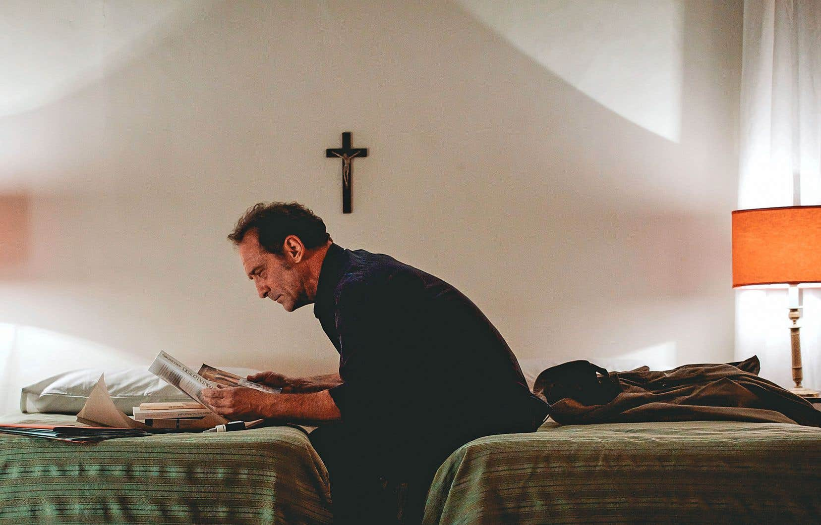 Dans «L'apparition», Vincent Lindon incarne un journaliste qui enquête sur la véracité du témoignage d'une jeune fille affirmant avoir vu la vierge Marie.