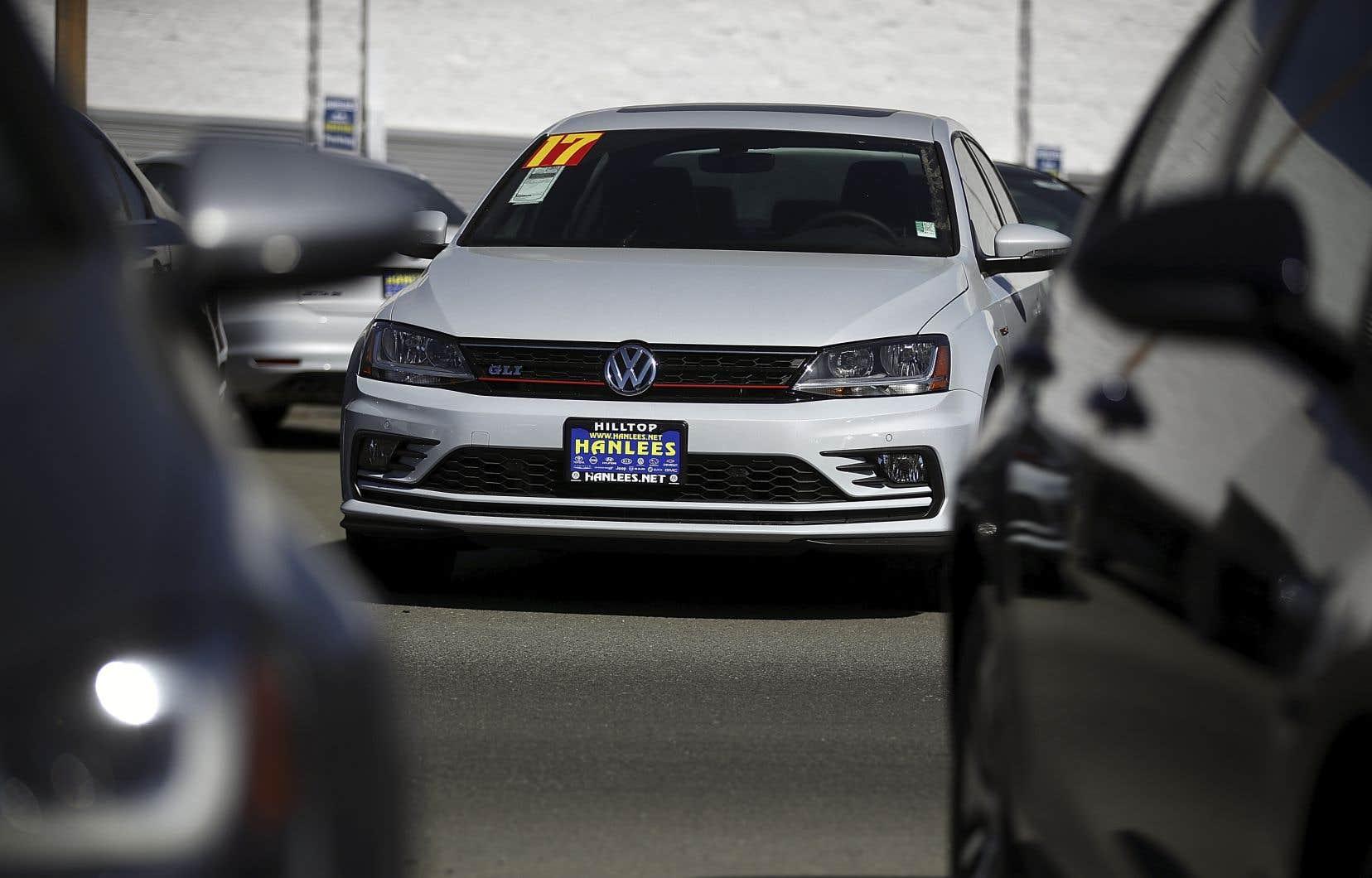 Aux États-Unis, le constructeur allemand Volkswagen avait déboursé plus de 22milliards de dollars en dédommagements à quelque 600000 clients. Les client européens n'avaient rien reçu.