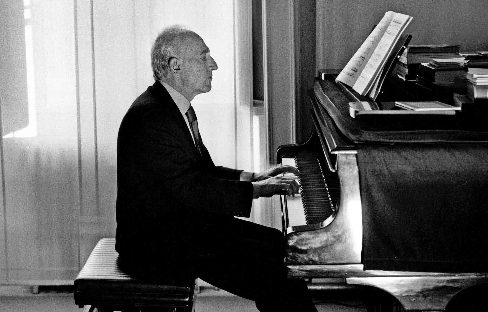 Soixante ans déjà que Maurizio Pollini fréquente les scènes. Il s'était présenté pour la première fois, en concours, à Genève en 1957, à 15ans.