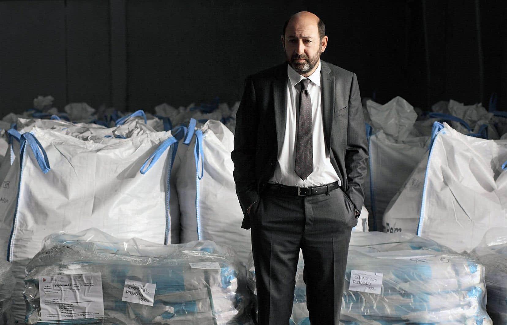 L'histoire raconte la lutte vengeresse du député-maire de Dunkerque Philippe Rickwaert (Kad Merad).