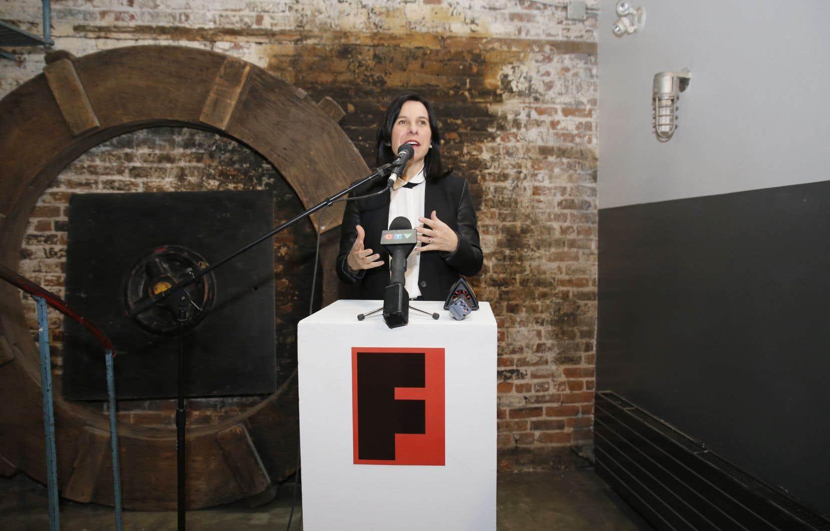 La mairesse de Montréal, Valérie Plante, a prononcé un discours à l'occasion de l'inauguration des nouveaux locaux du centre d'arts visuels.