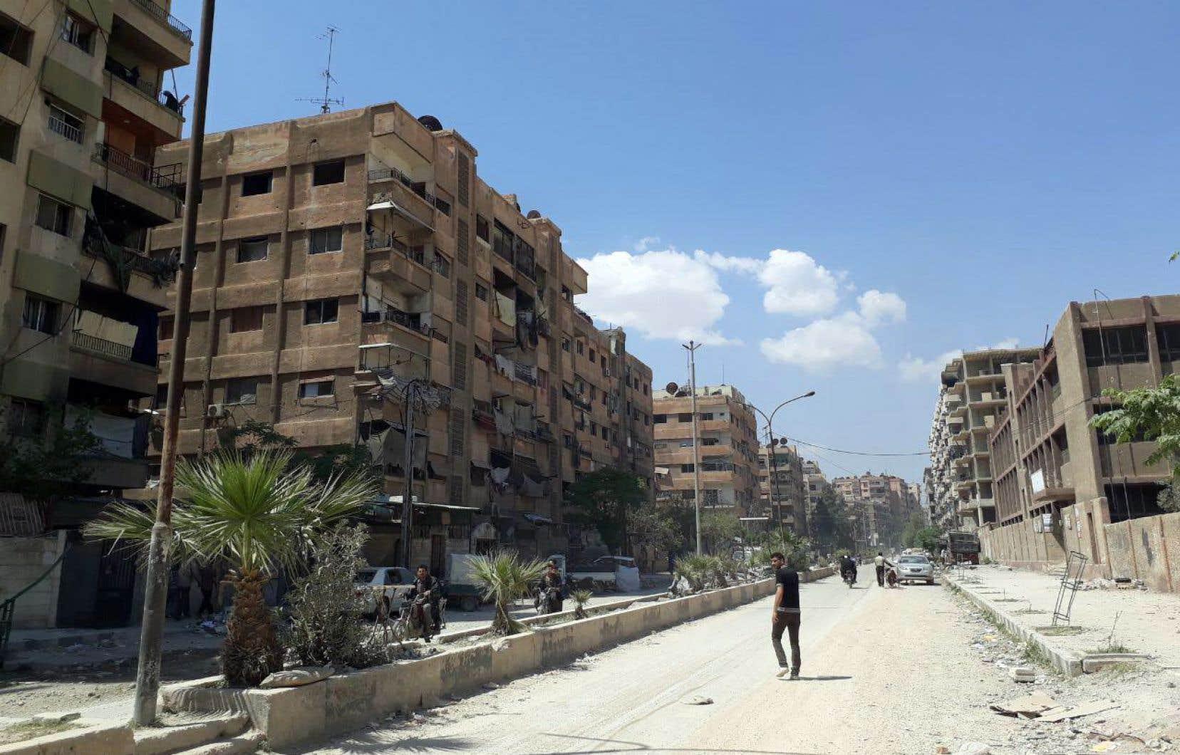 Une équipe de l'Organisation pour l'interdiction des armes chimiques doit enquêter à Douma pour déterminer la nature exacte des armes employées.