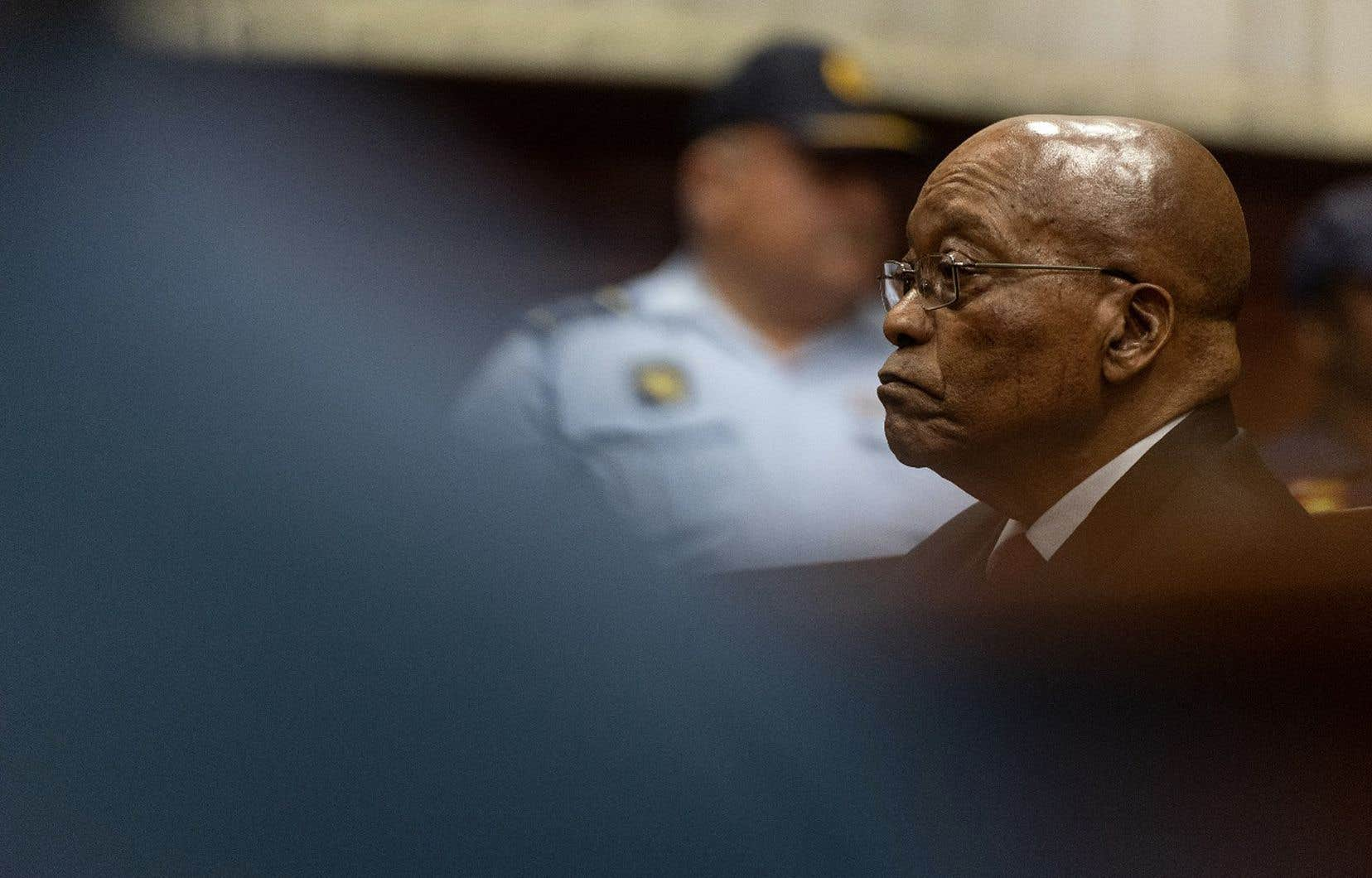 L'aide apportée à la vente par Bombardier d'un jet privé à des proches du président Jacob Zuma, au cœur de plusieurs scandales de corruption, est citée en exemple dans le rapport.