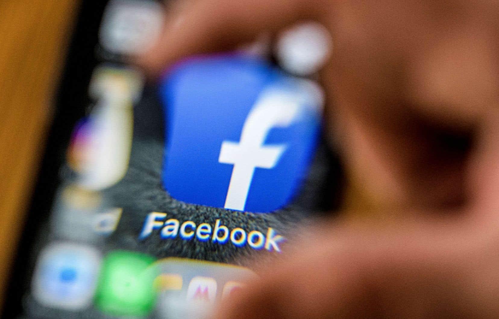 Après avoir bloqué la messagerie Telegram, Roskomnadzor a annoncé mercredi son intention «d'inspecter» Facebook d'ici la fin de l'année.
