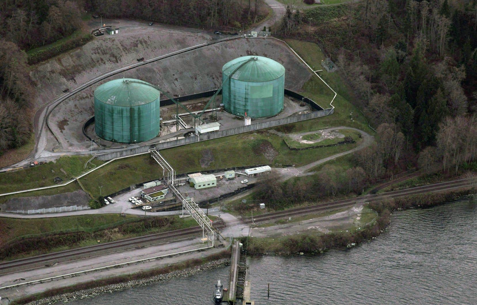 Des installations de Kinder Morgan à Burnaby, en Colombie-Britannique