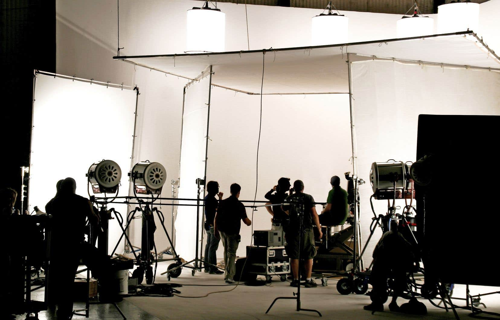 En septembre dernier, l'annonce de la signature d'une entente entre le gouvernement fédéral et Netflix a suscité beaucoup de critiques... mais aussi des espoirs chez les producteurs qui souhaiteraient travailler avec Netflix.
