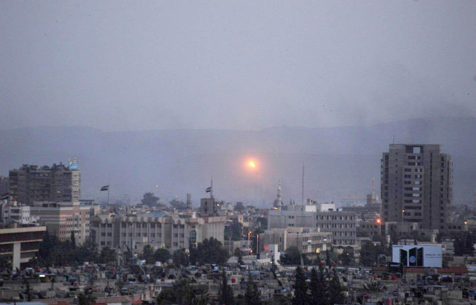 Des bombardements du régime syrien sur le sud de Damas, jeudi